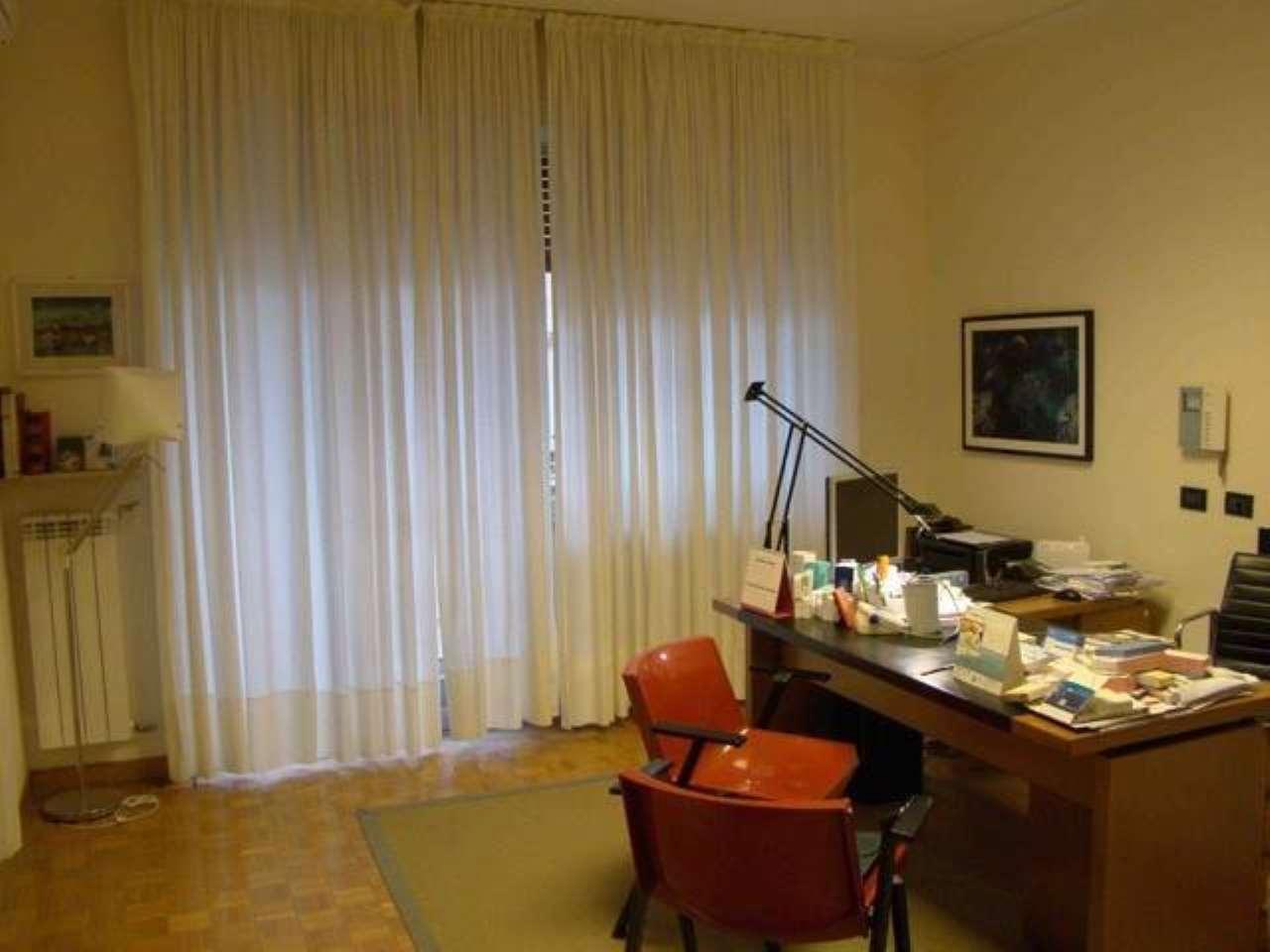Appartamento in buone condizioni in vendita Rif. 8524928