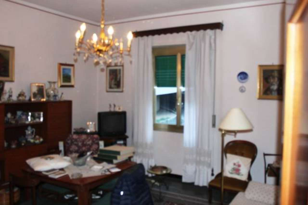 Appartamento in buone condizioni in vendita Rif. 8524930