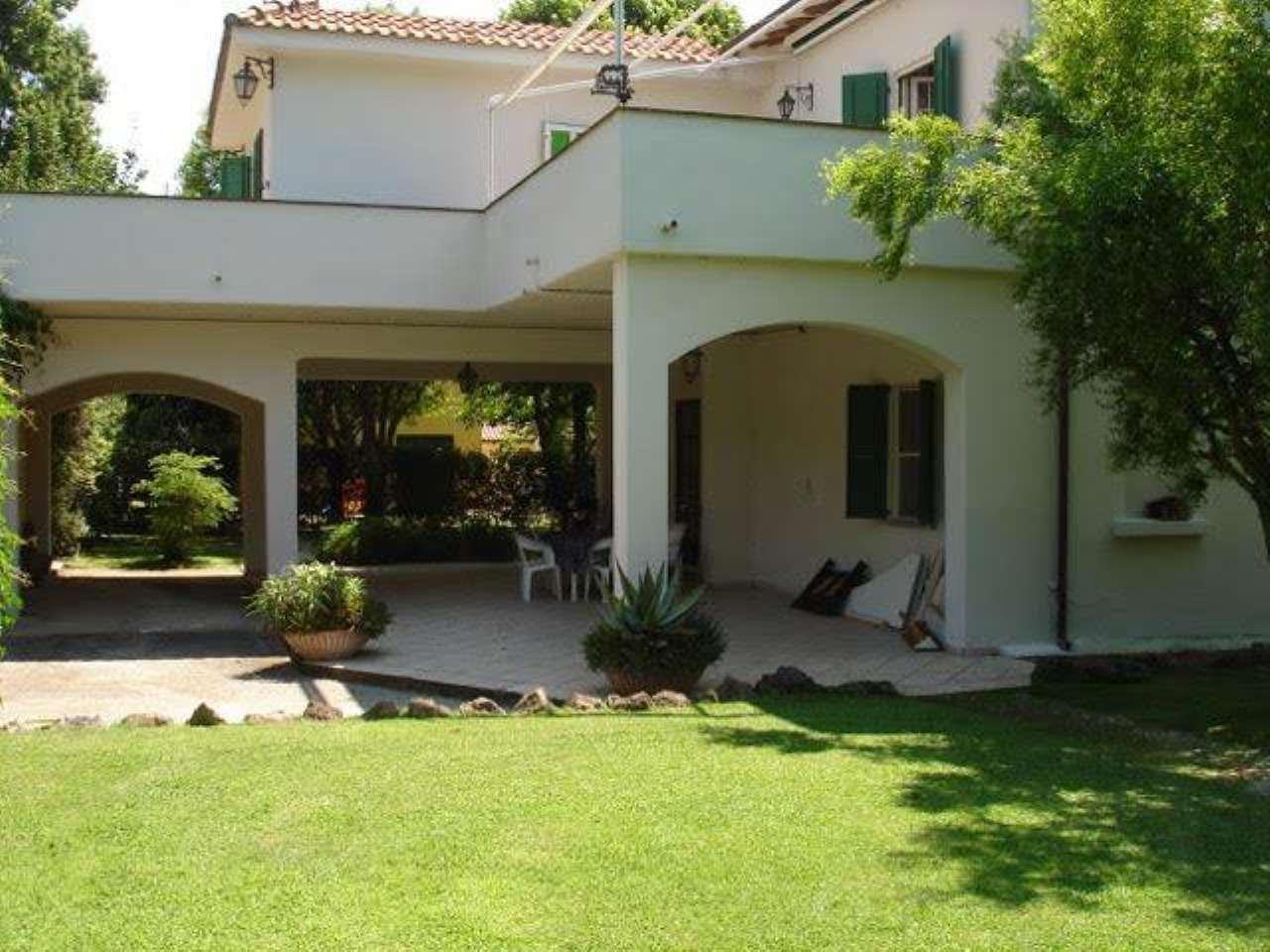 Villa in ottime condizioni in vendita Rif. 8819996