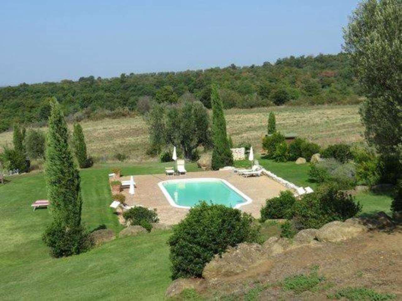 Villa in buone condizioni arredato in vendita Rif. 8914489