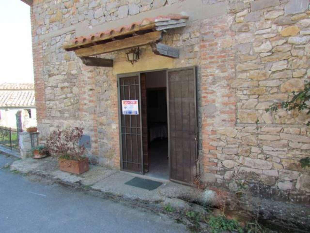 Rustico / Casale da ristrutturare in vendita Rif. 8914492