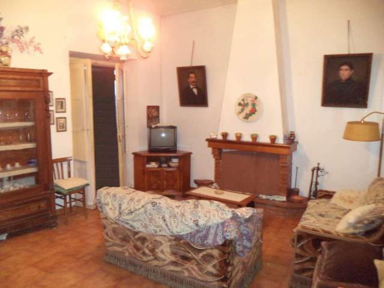 Appartamento in vendita a Arce, 3 locali, prezzo € 59.000 | CambioCasa.it