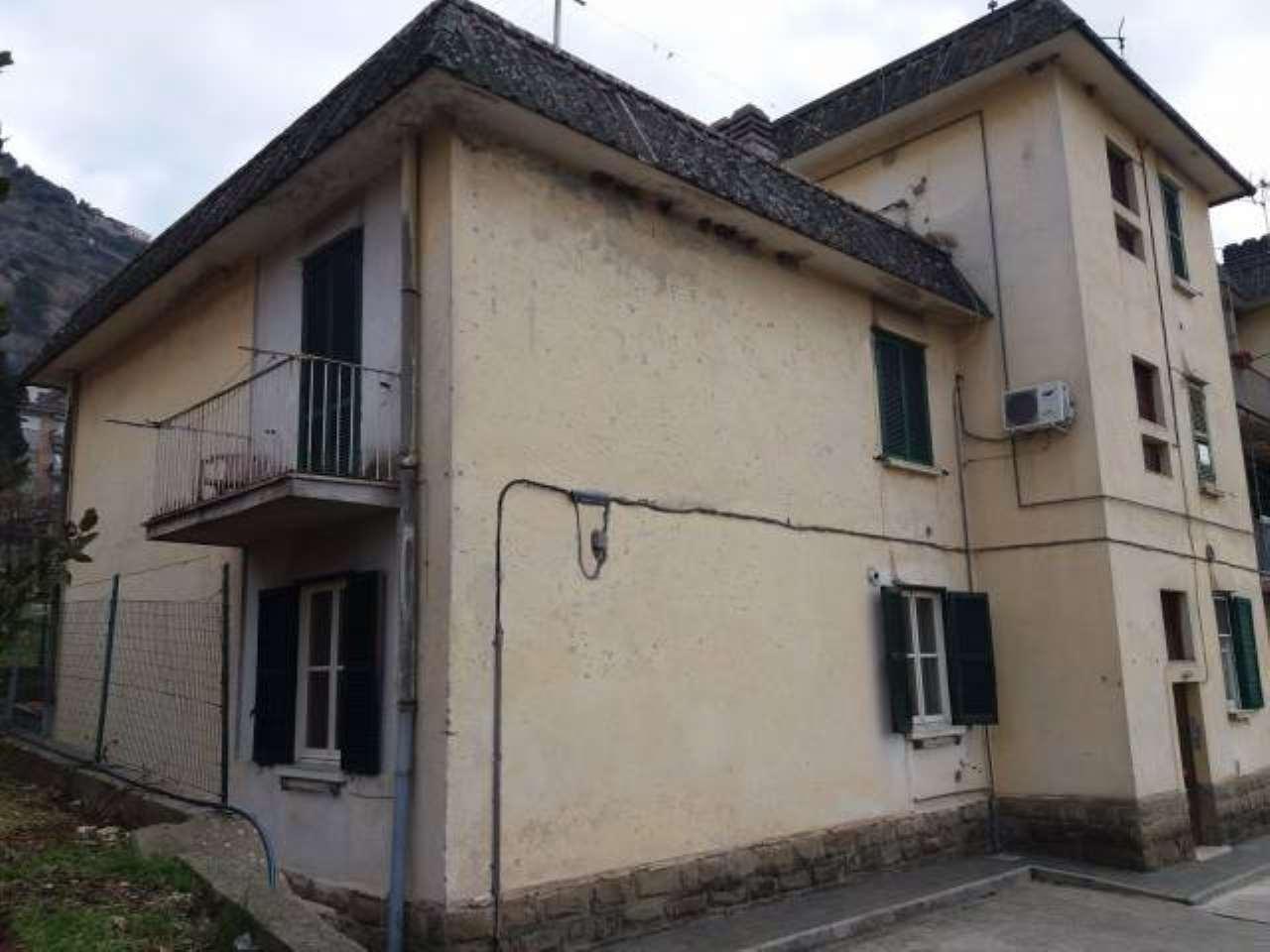 Appartamento in vendita a Arce, 2 locali, prezzo € 50.000 | CambioCasa.it