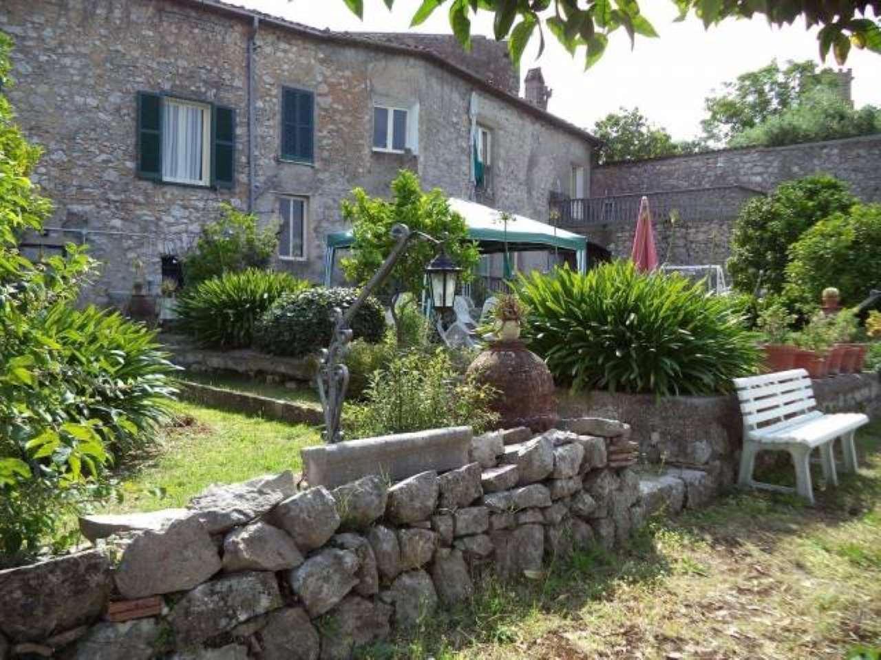 Villa in vendita a Pico, 9999 locali, Trattative riservate | CambioCasa.it