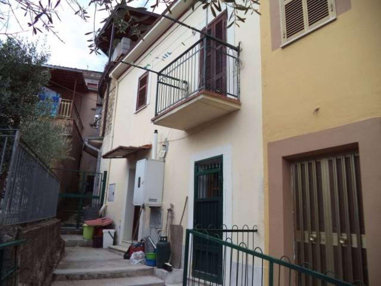 Villa in vendita a Colfelice, 9999 locali, prezzo € 57.000 | CambioCasa.it