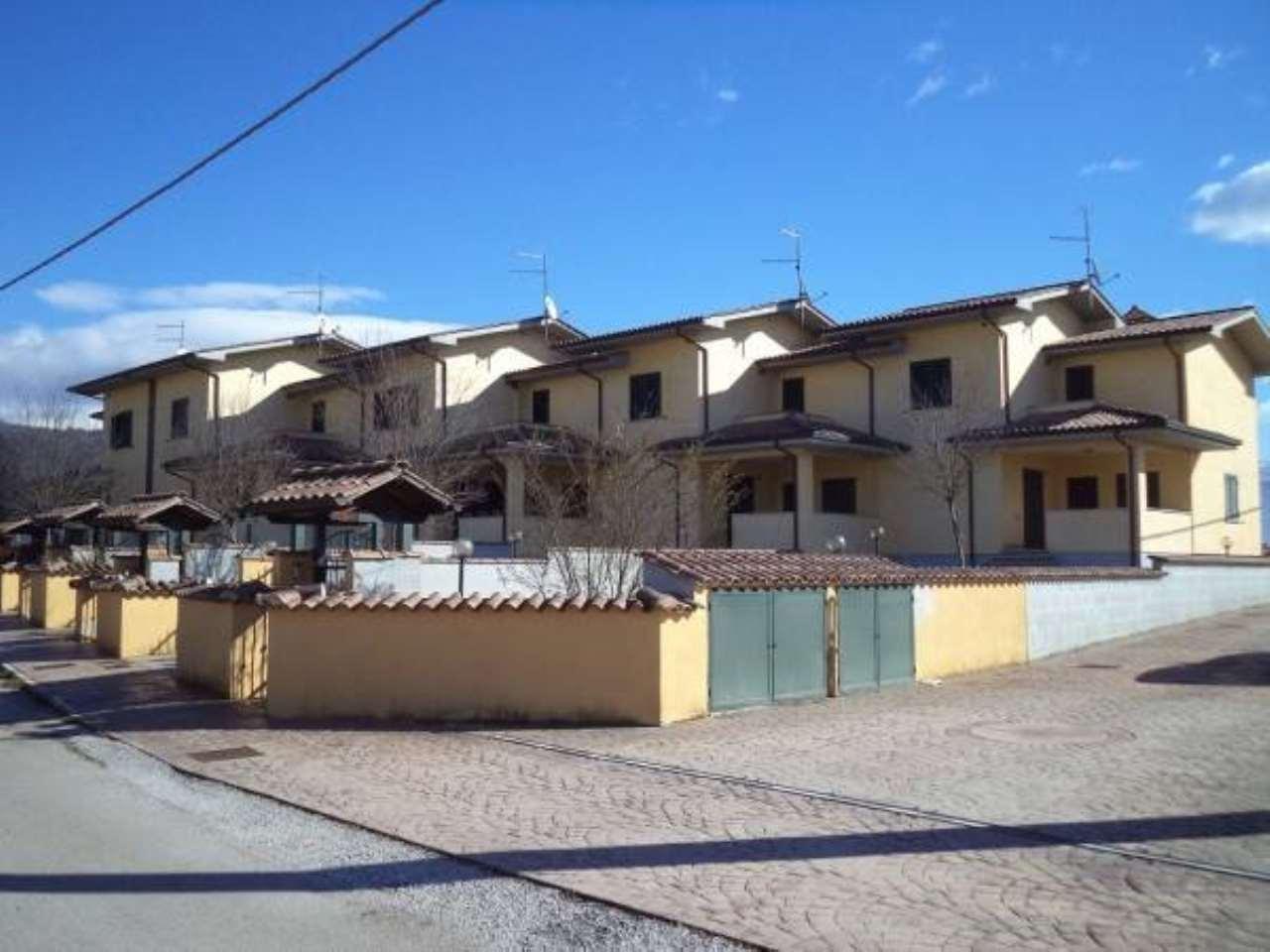 Villa a Schiera in vendita a Colfelice, 6 locali, prezzo € 179.000 | CambioCasa.it