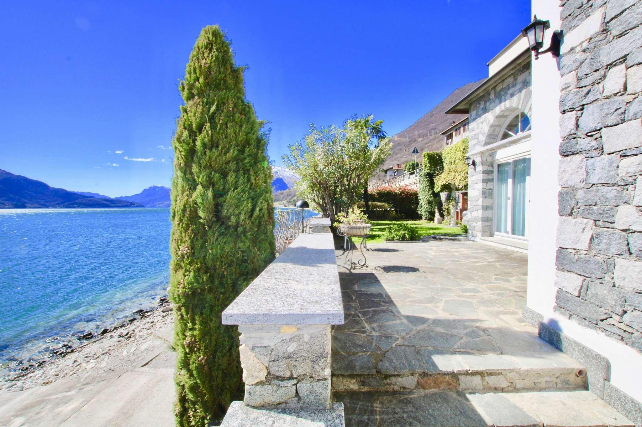 Villa in vendita a Gera Lario, 5 locali, prezzo € 1.400.000 | CambioCasa.it