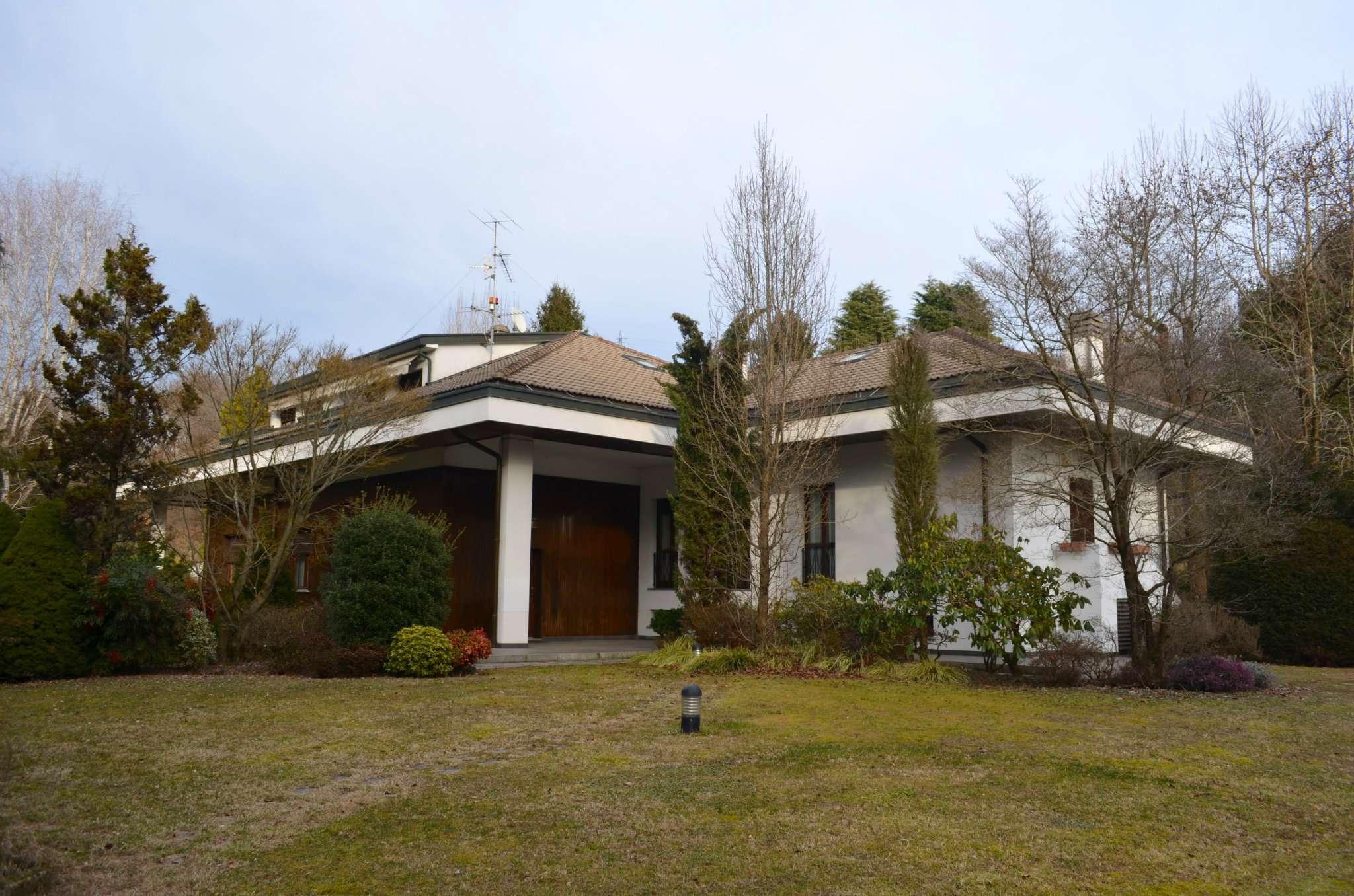 Villa in vendita a Carimate, 9 locali, prezzo € 1.900.000 | PortaleAgenzieImmobiliari.it