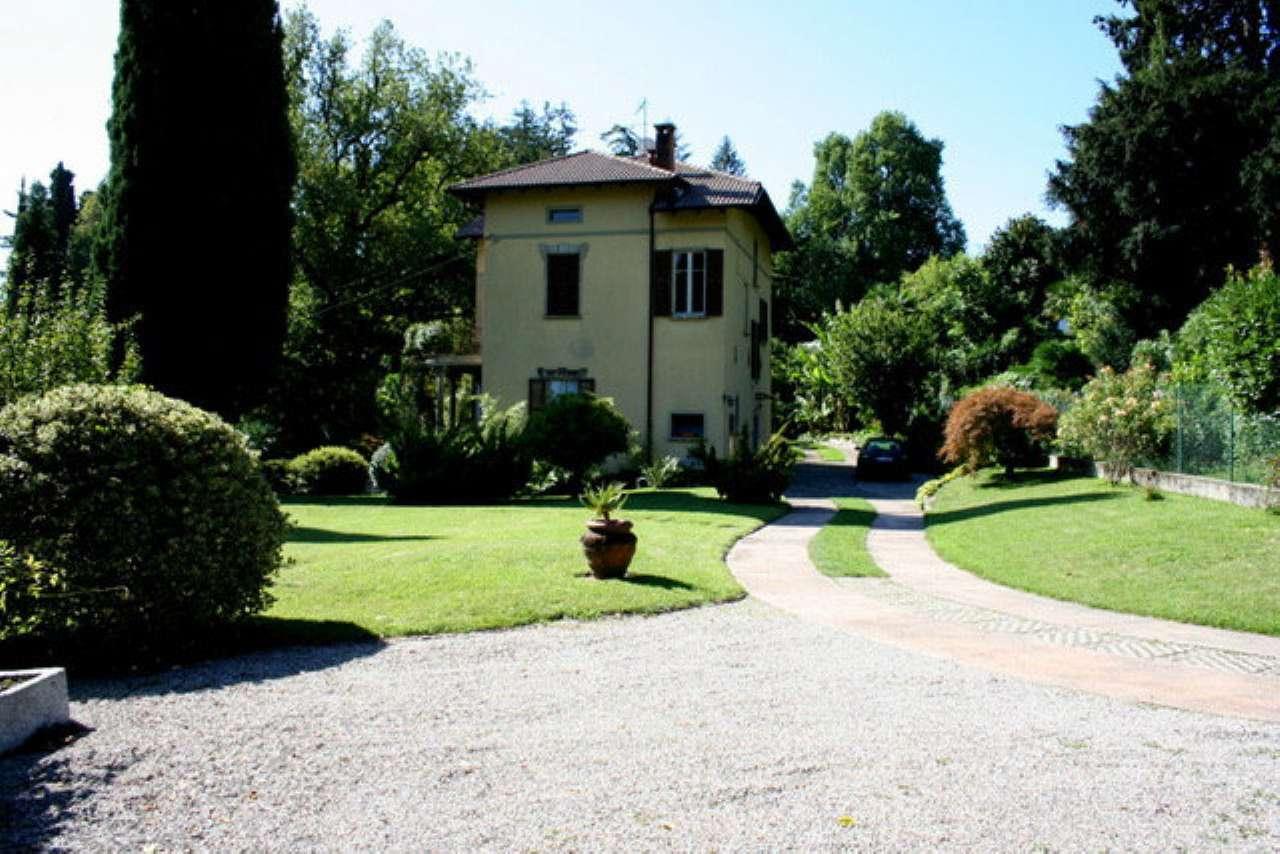 Villa in vendita a Griante, 5 locali, Trattative riservate | PortaleAgenzieImmobiliari.it