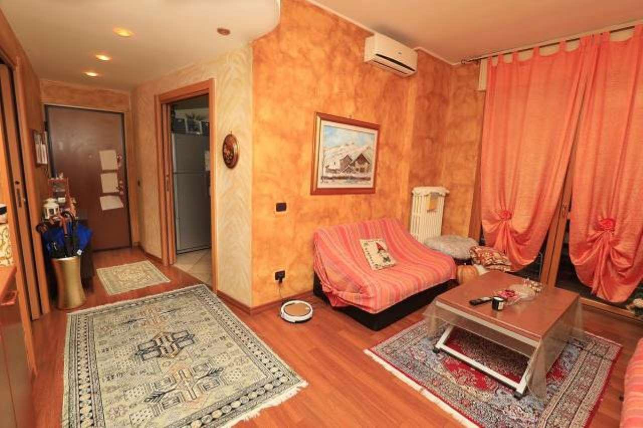 Appartamento in vendita a Novate Milanese, 3 locali, prezzo € 198.000 | CambioCasa.it