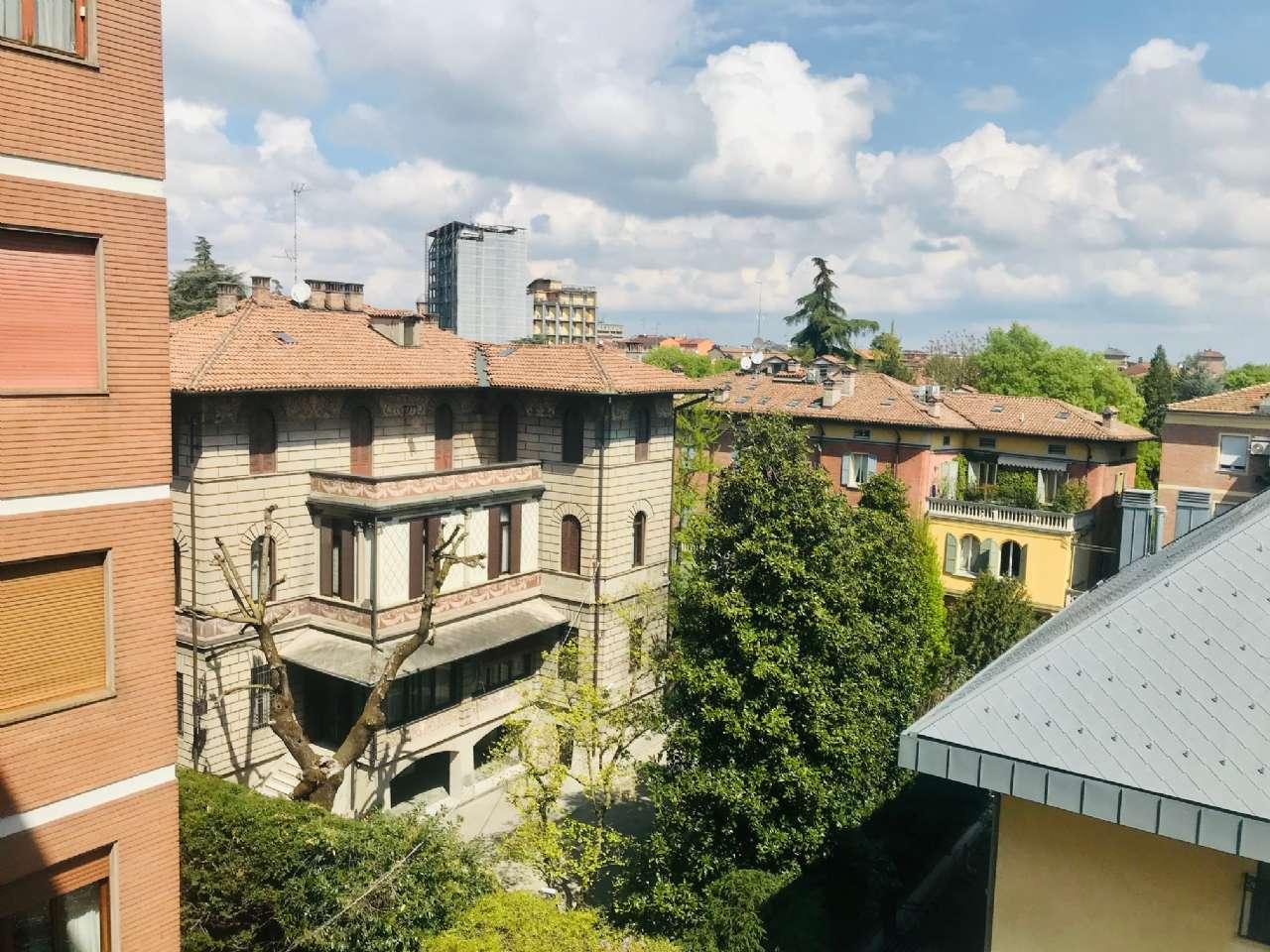Appartamento in vendita a Modena, 5 locali, prezzo € 550.000 | PortaleAgenzieImmobiliari.it