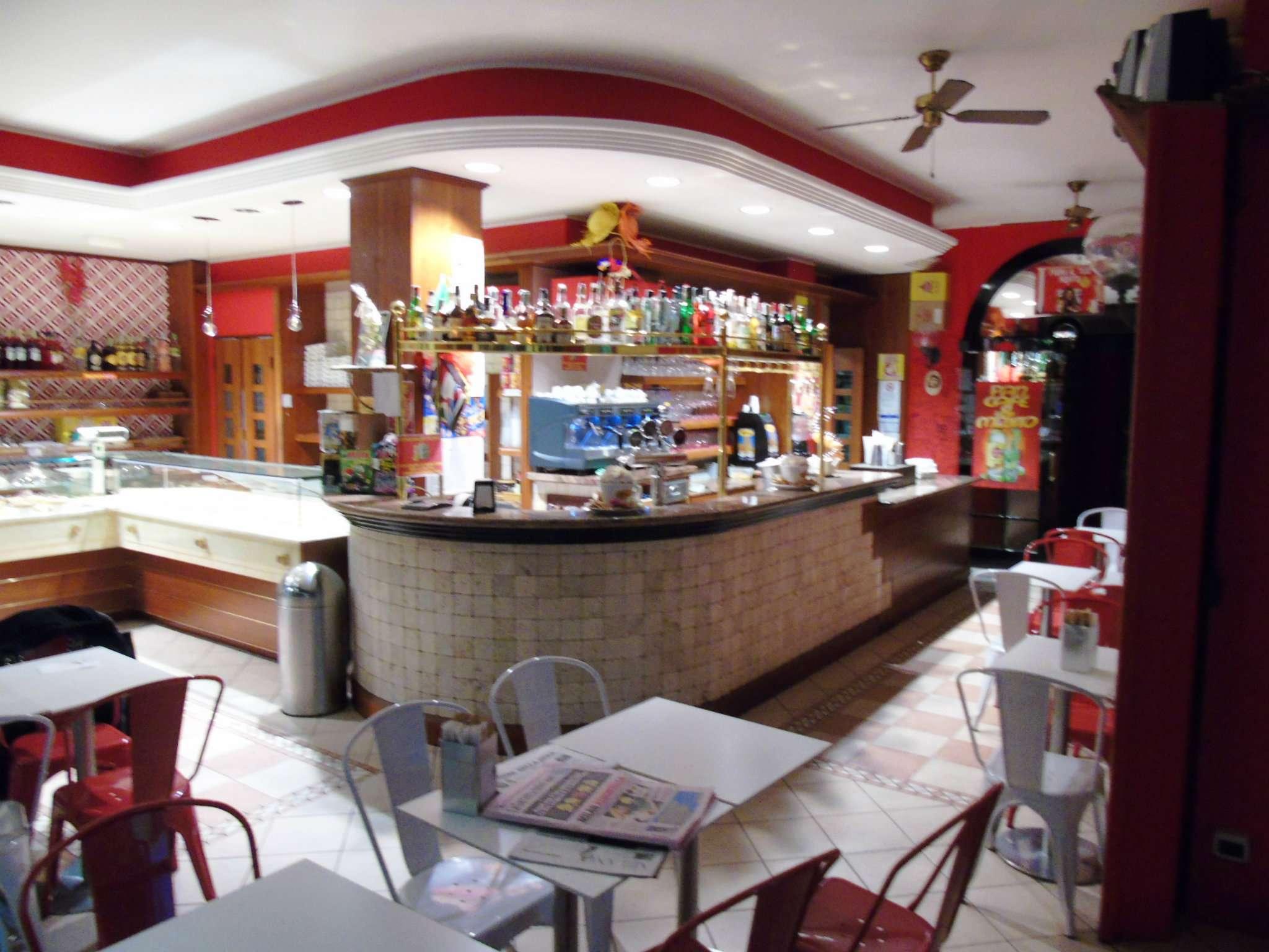 Negozio / Locale in vendita a Vanzago, 2 locali, prezzo € 218.000 | CambioCasa.it