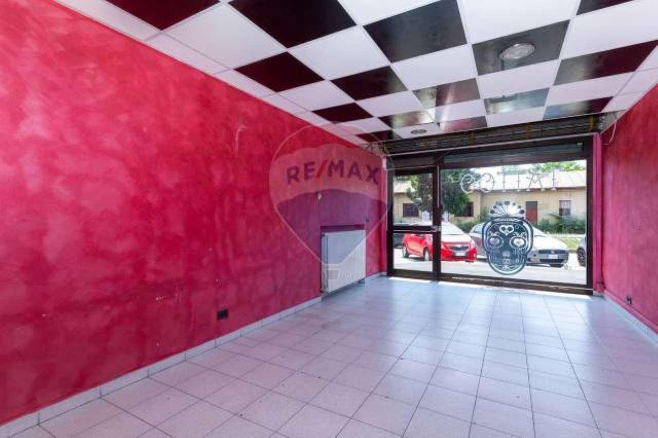 Negozio in vendita Zona Madonna di Campagna, Borgo Vittoria... - via DRUENTO, 42 Torino