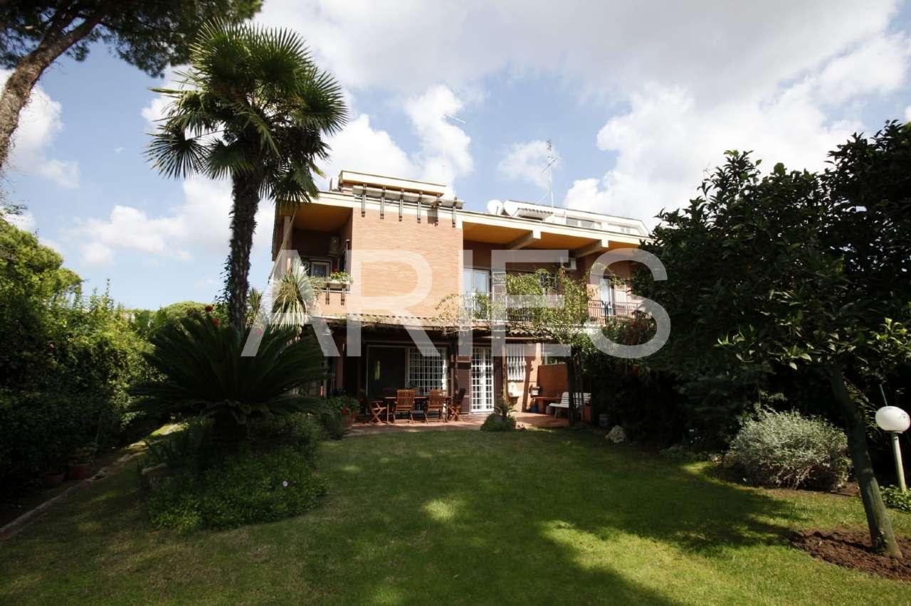 Villa Tri-Quadrifamiliare in vendita a Roma, 7 locali, zona Zona: 38 . Acilia, Vitinia, Infernetto, Axa, Casal Palocco, Madonnetta, prezzo € 590.000   CambioCasa.it