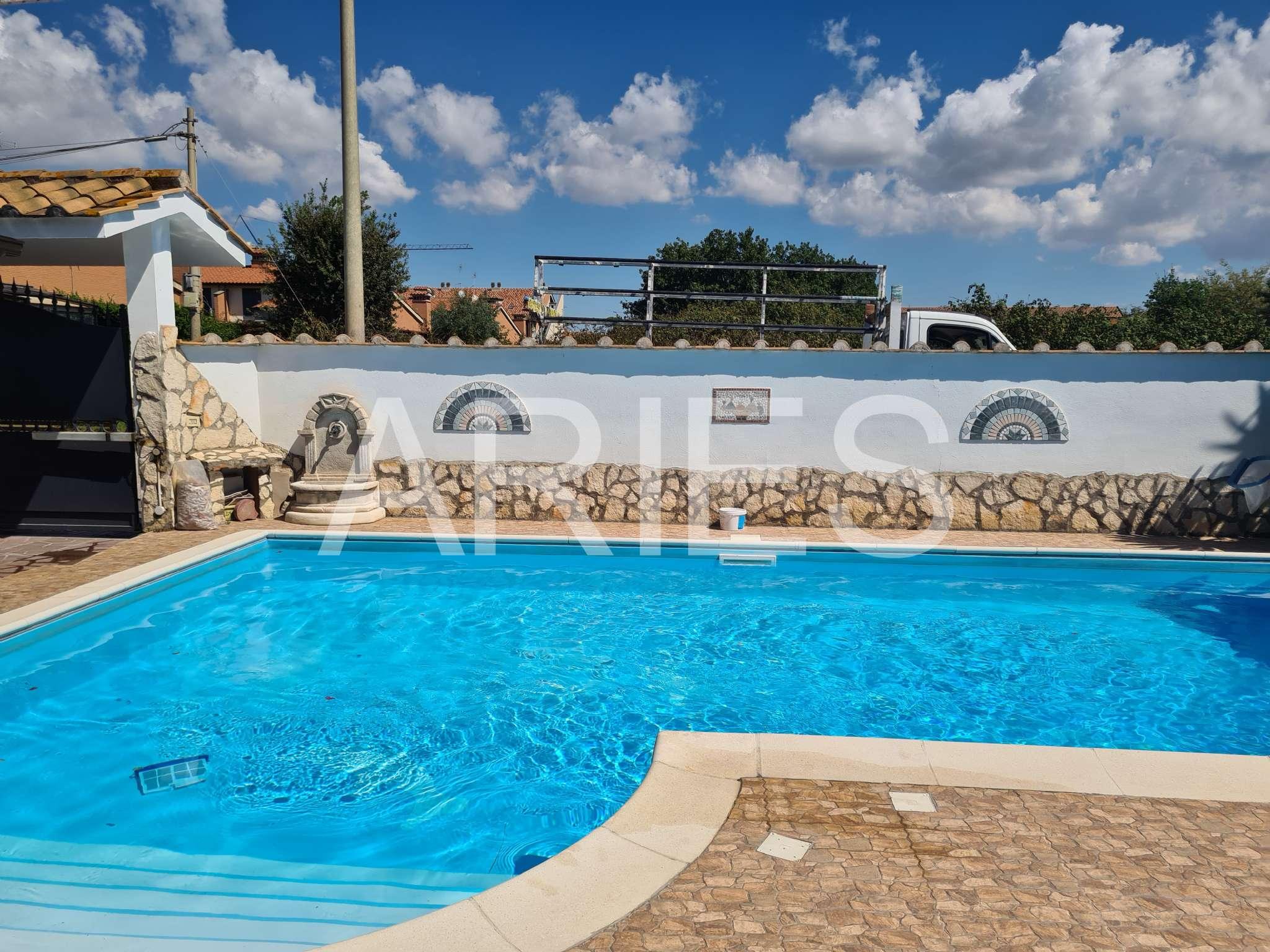 Villa Bifamiliare in vendita a Roma, 4 locali, zona Zona: 38 . Acilia, Vitinia, Infernetto, Axa, Casal Palocco, Madonnetta, prezzo € 470.000 | CambioCasa.it