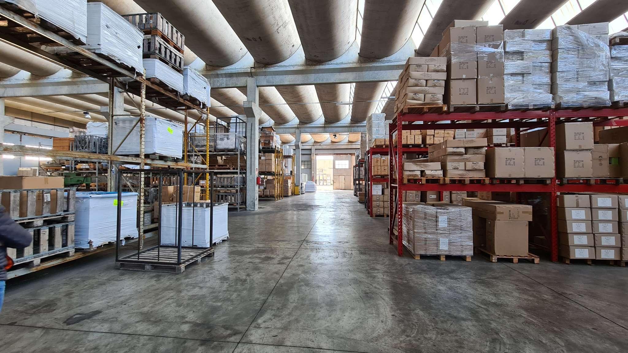 Capannone in vendita a Aprilia, 9999 locali, prezzo € 450.000 | CambioCasa.it
