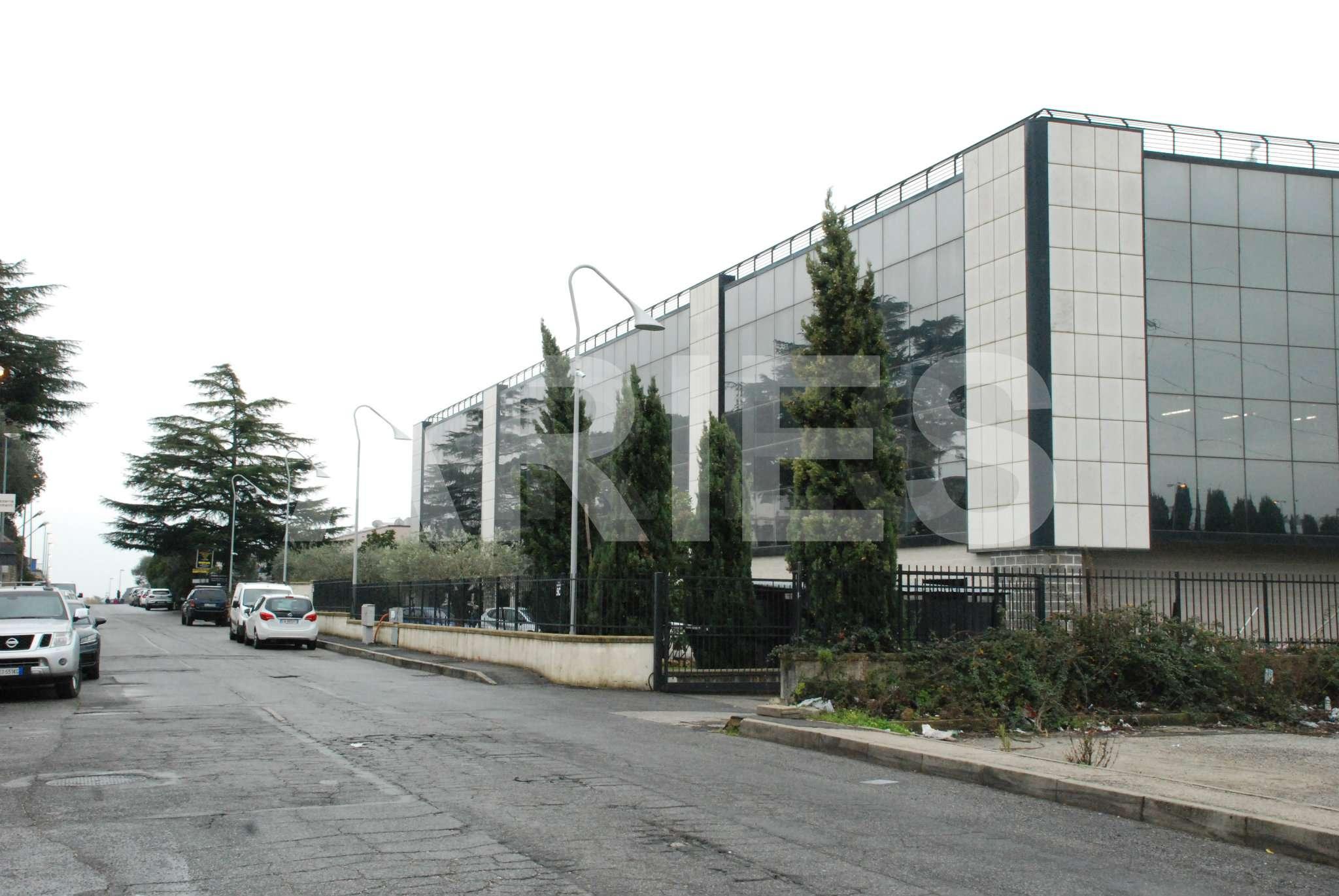 Ufficio / Studio in vendita a Formello, 7 locali, prezzo € 320.000 | CambioCasa.it