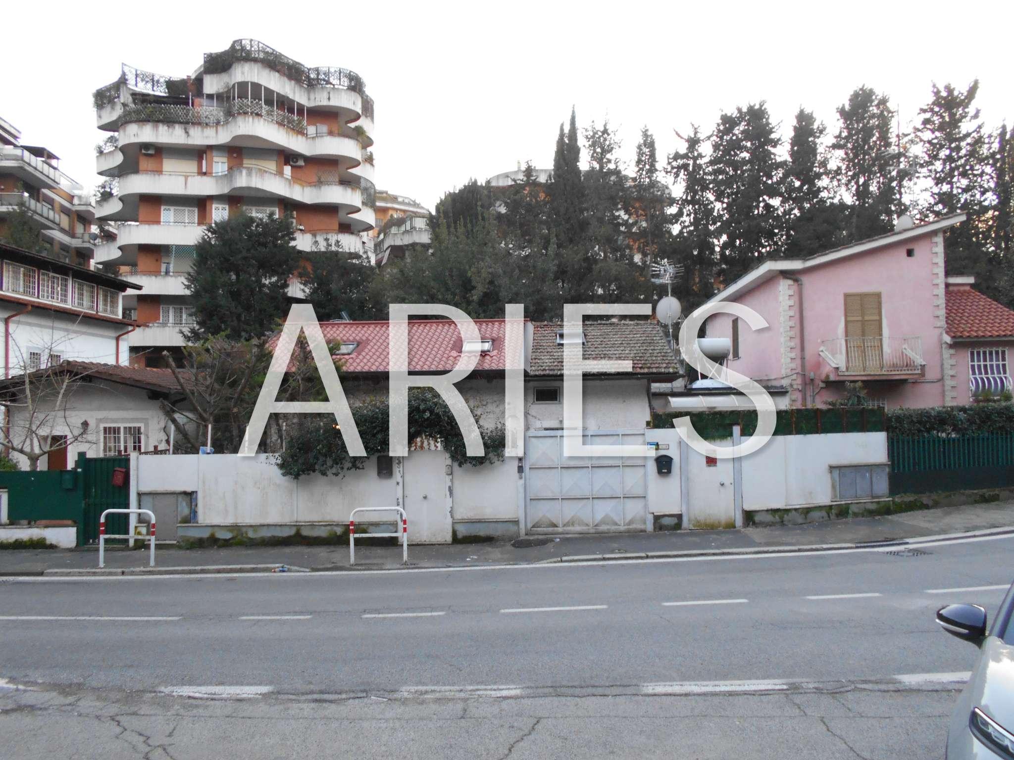 Soluzione Indipendente in vendita a Roma, 4 locali, zona Zona: 42 . Cassia - Olgiata, prezzo € 345.000   CambioCasa.it