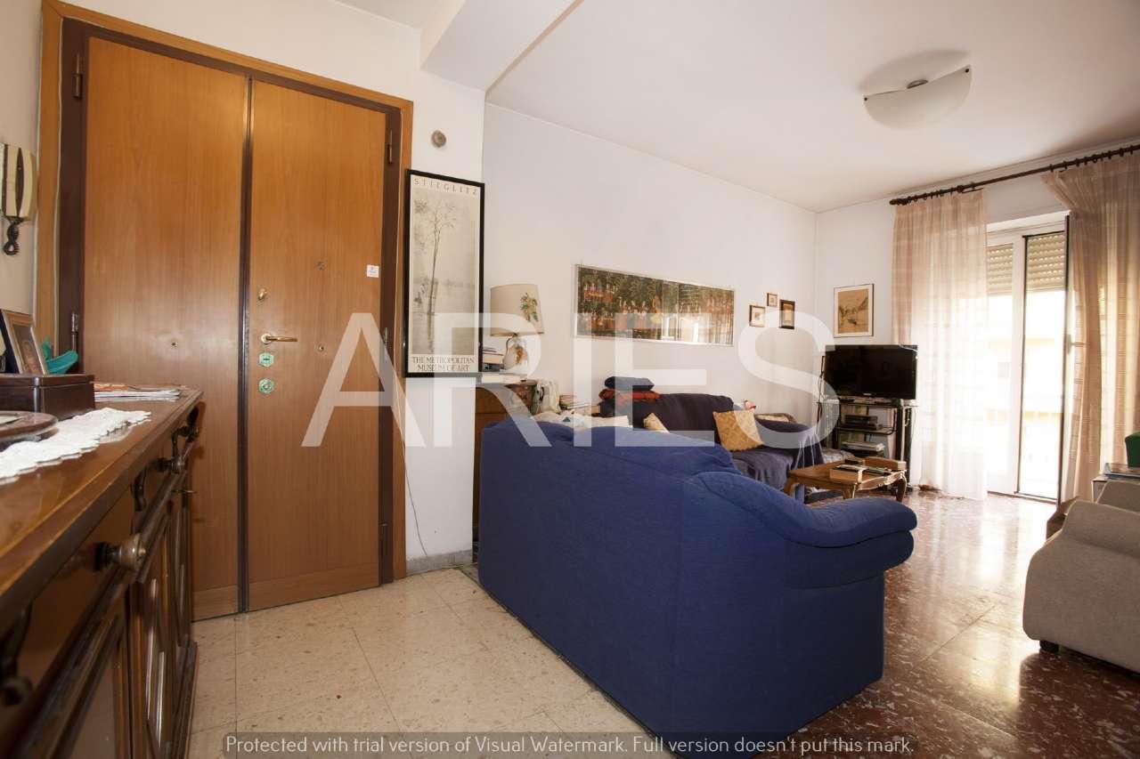 Appartamento in vendita a Roma, 3 locali, zona Zona: 19 . Colombo, Garbatella, Navigatori, Omboni, prezzo € 349.000   CambioCasa.it