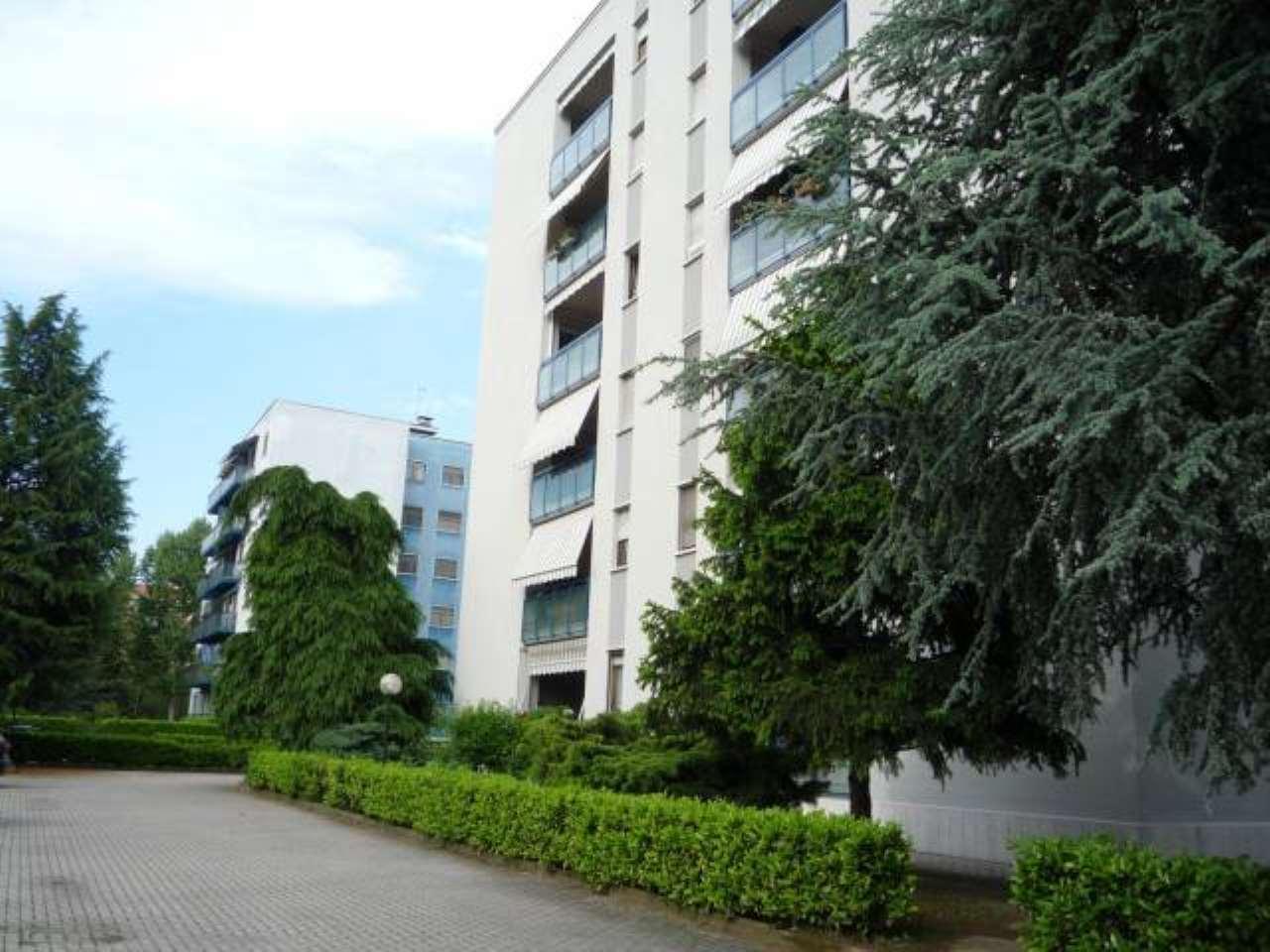 Appartamento in vendita a Nichelino, 4 locali, prezzo € 154.000 | CambioCasa.it