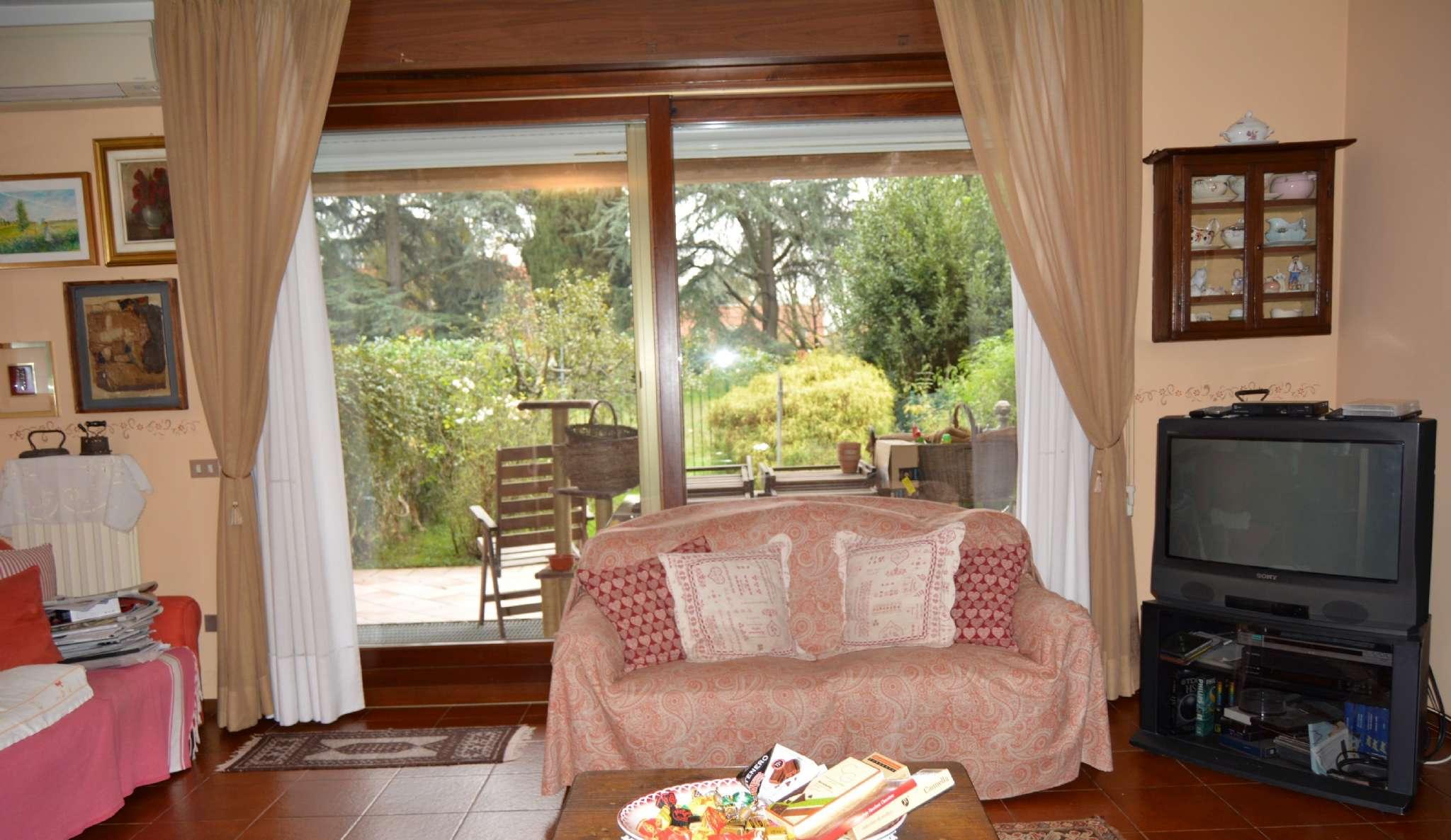 Villa a Schiera in vendita a Milano, 4 locali, zona Zona: 11 . Barona, Giambellino, Lorenteggio, Famagosta, prezzo € 340.000 | CambioCasa.it