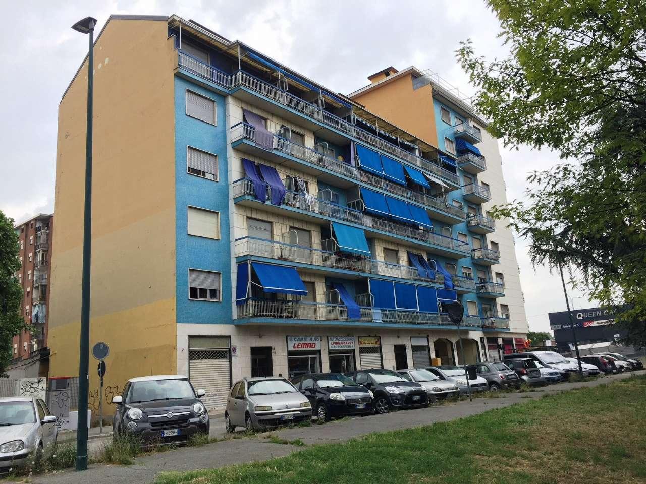 Appartamento in buone condizioni arredato in affitto Rif. 8492133