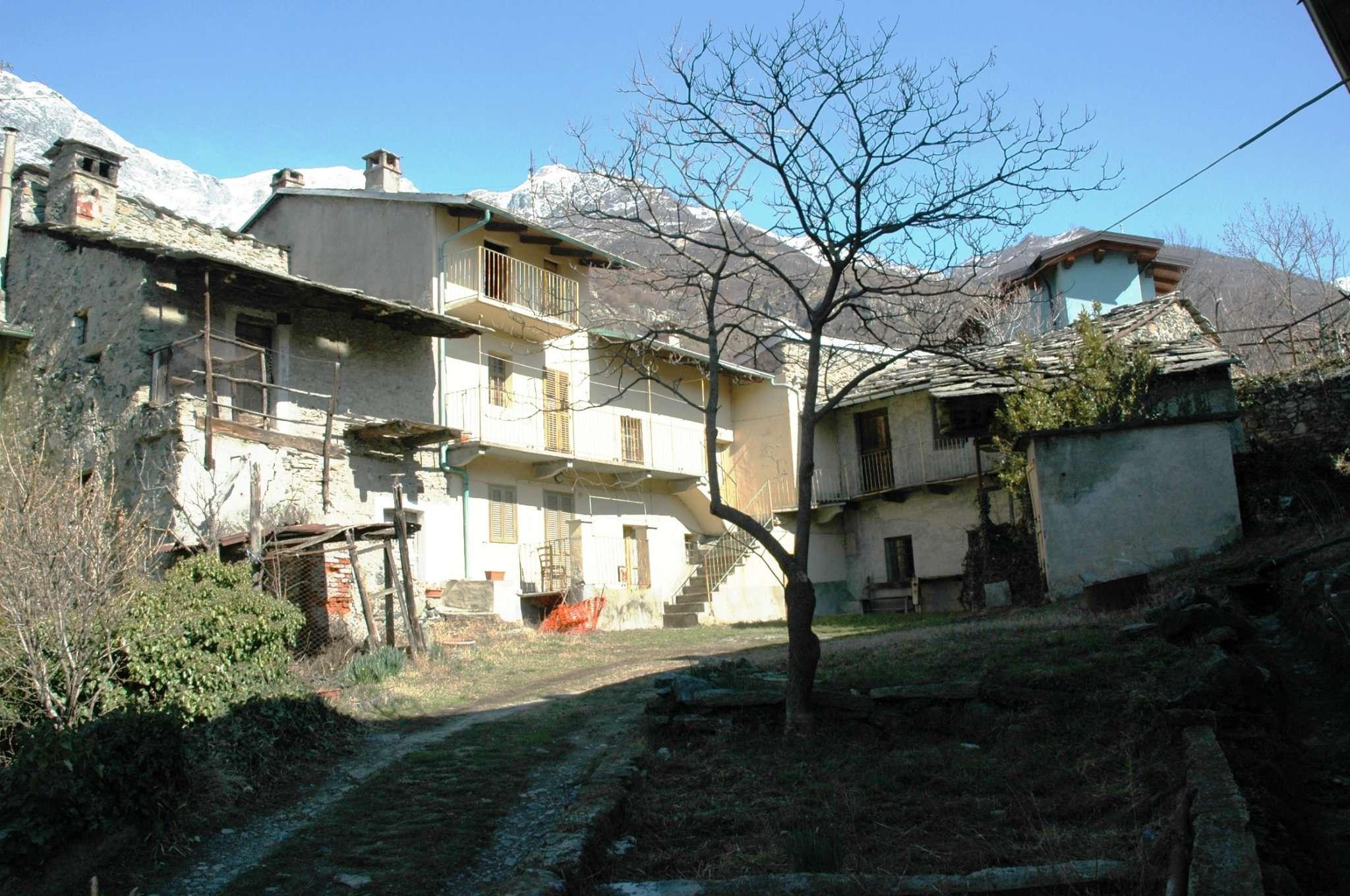 Rustico / Casale da ristrutturare in vendita Rif. 9150251