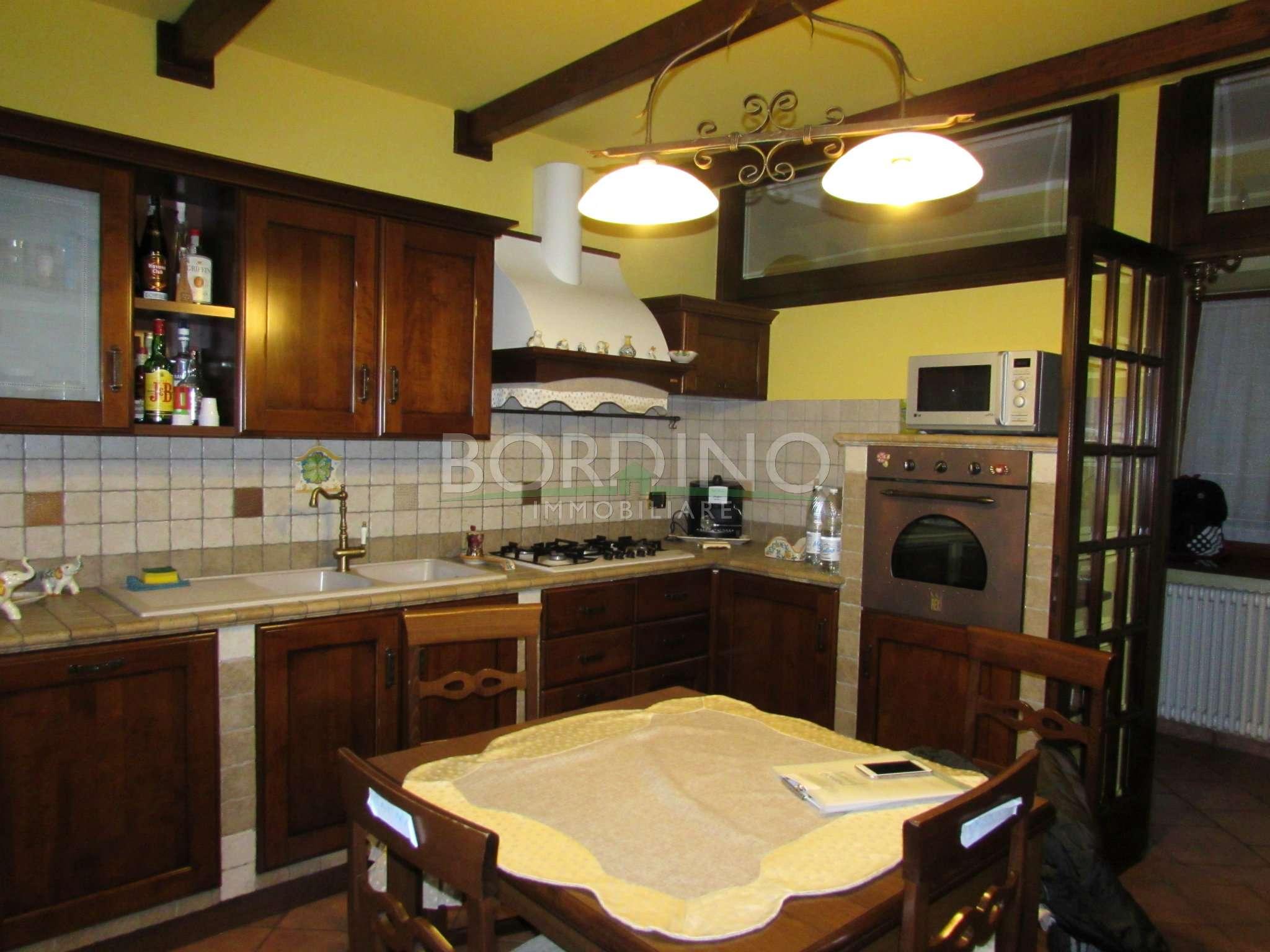 Soluzione Indipendente in vendita a Magliano Alfieri, 4 locali, prezzo € 139.000 | CambioCasa.it