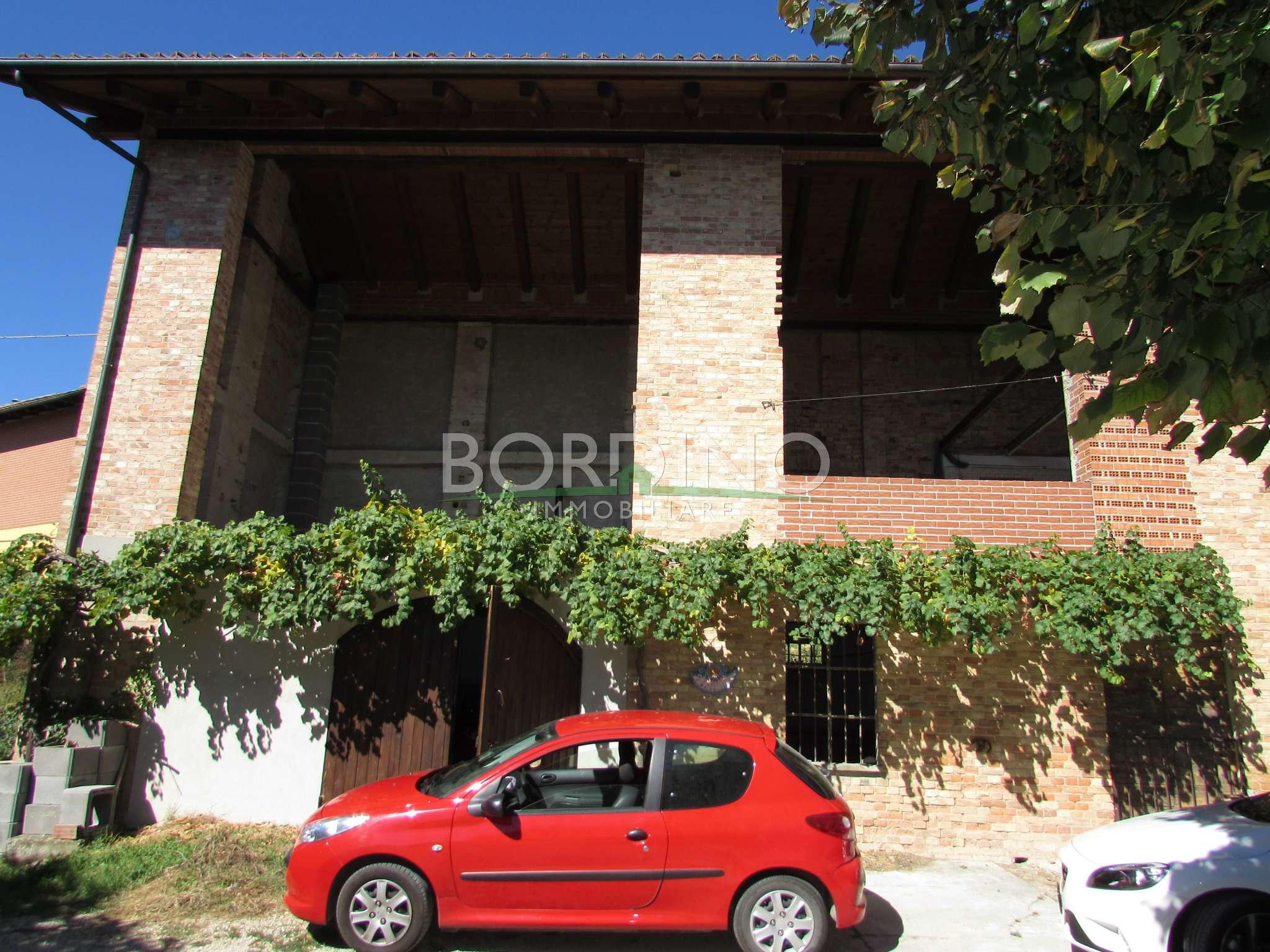 Rustico / Casale in vendita a Priocca, 4 locali, prezzo € 65.000 | CambioCasa.it