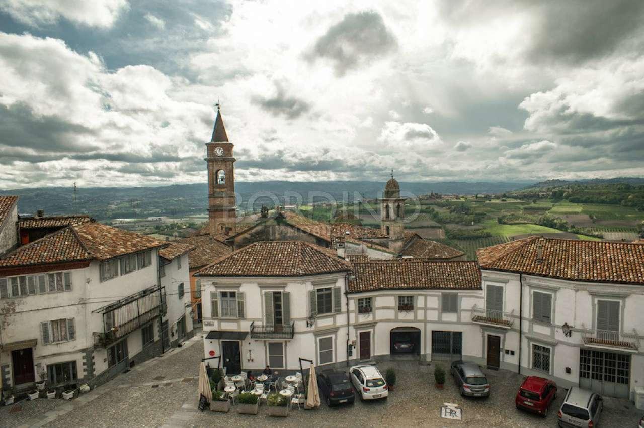 Soluzione Indipendente in vendita a Govone, 10 locali, prezzo € 160.000 | PortaleAgenzieImmobiliari.it