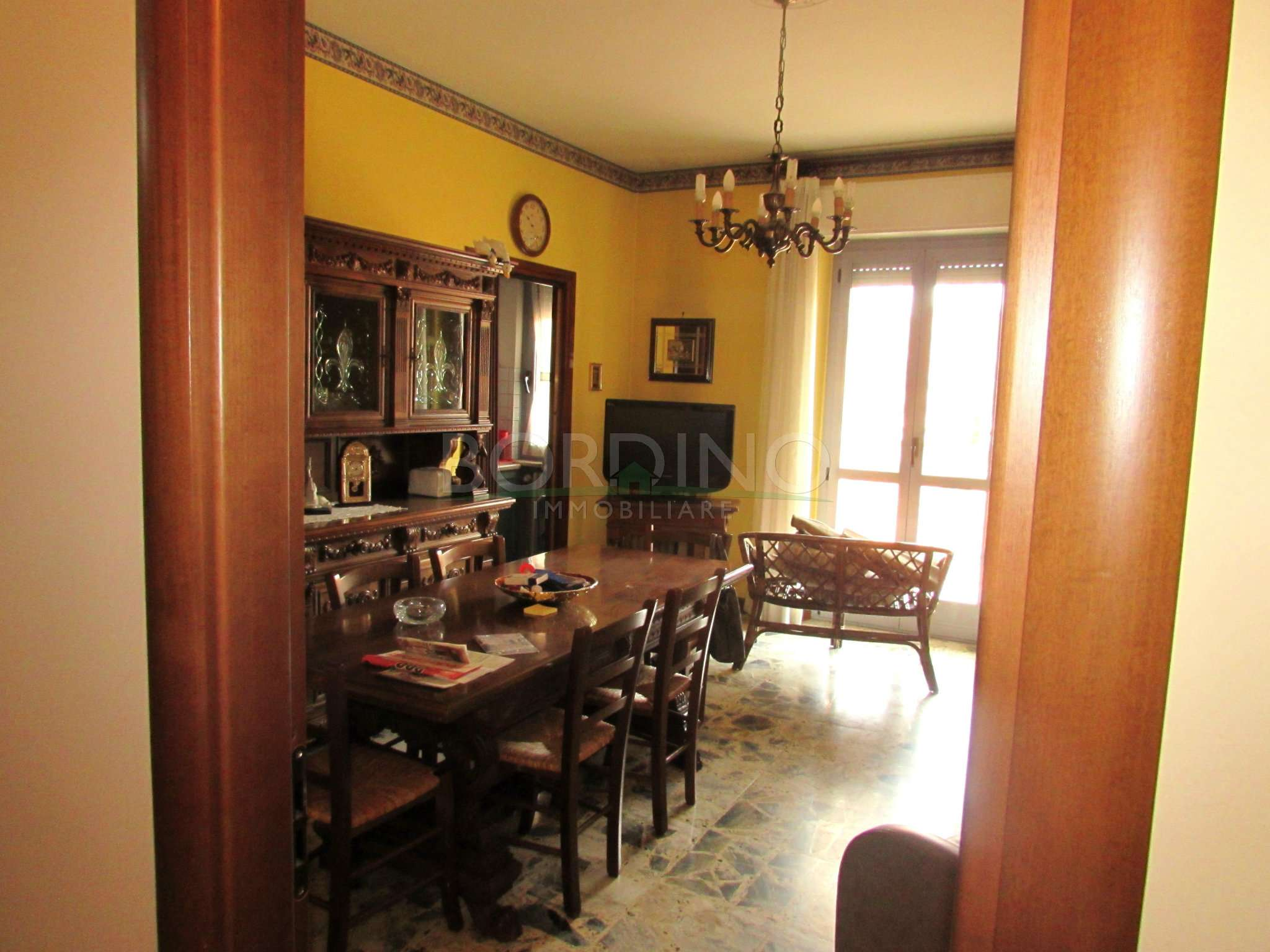 Appartamento in buone condizioni arredato in vendita Rif. 7460926