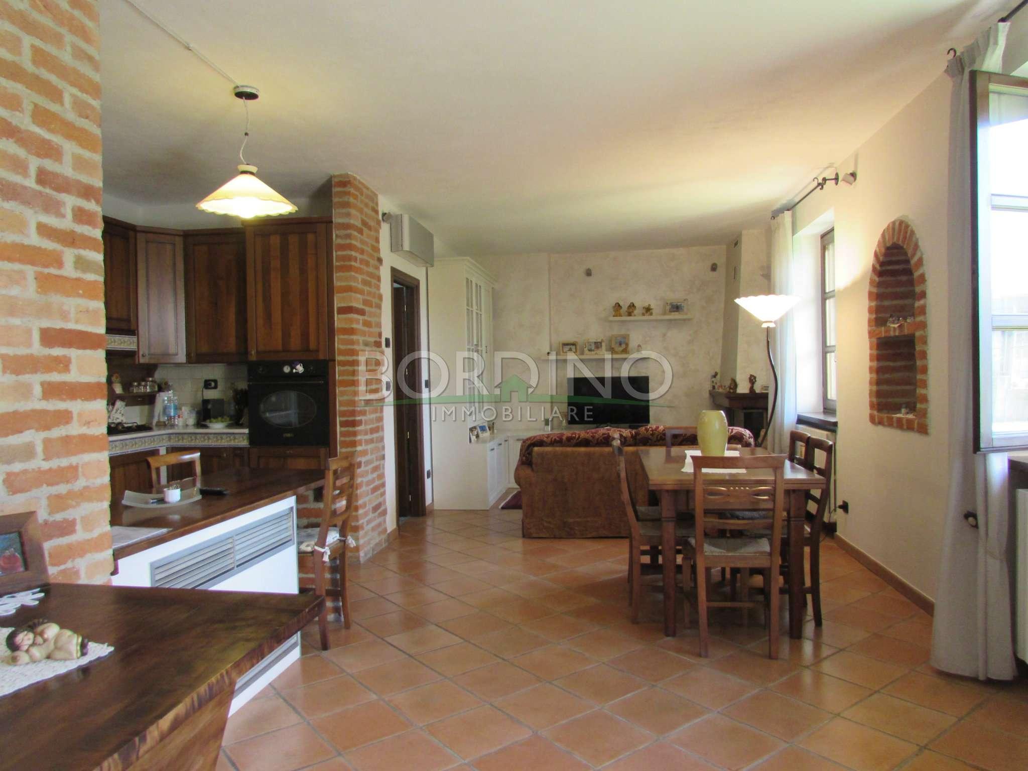 Villa in vendita a Magliano Alfieri, 4 locali, prezzo € 230.000 | CambioCasa.it