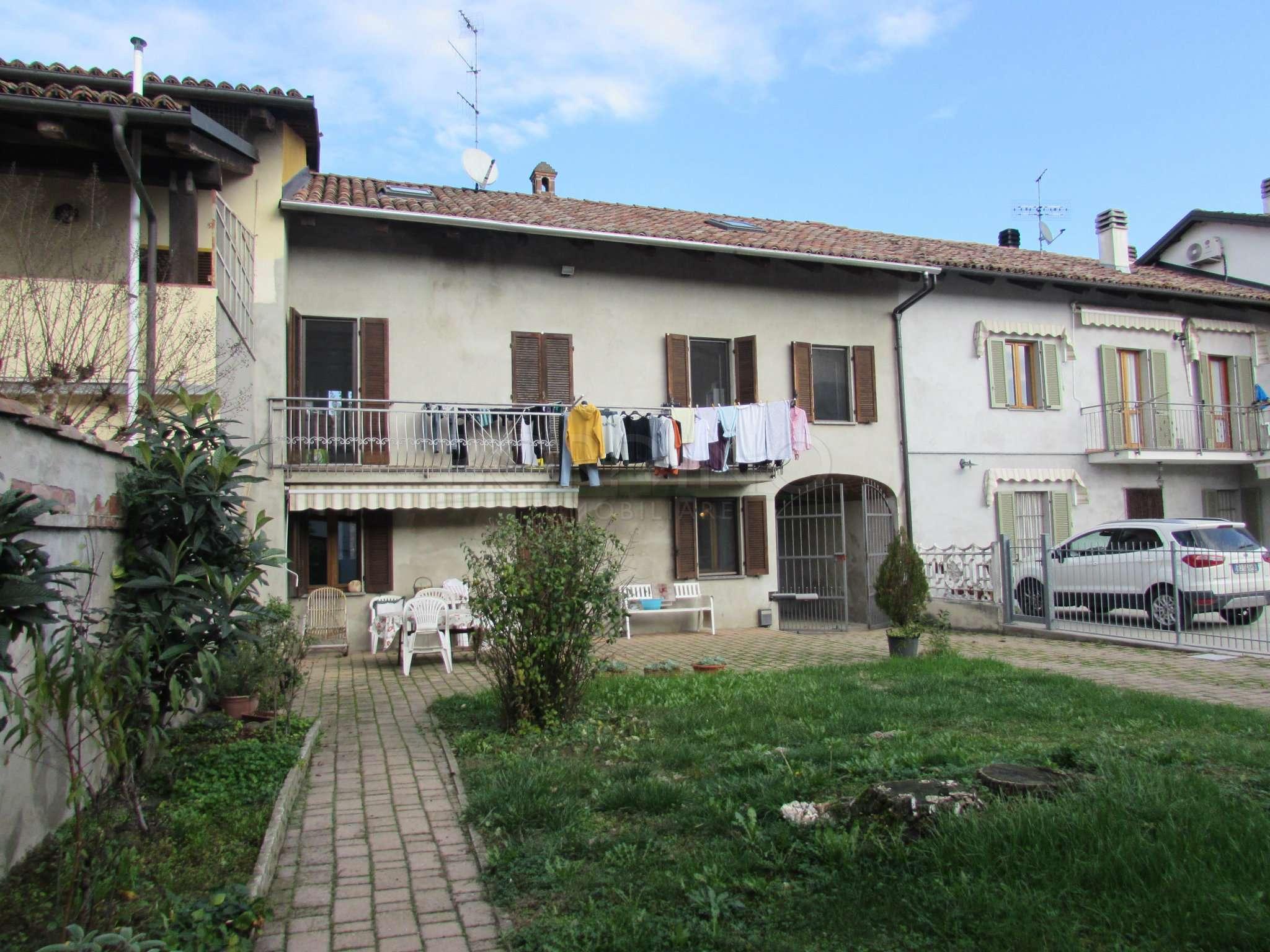 Soluzione Indipendente in vendita a Govone, 4 locali, prezzo € 130.000 | PortaleAgenzieImmobiliari.it