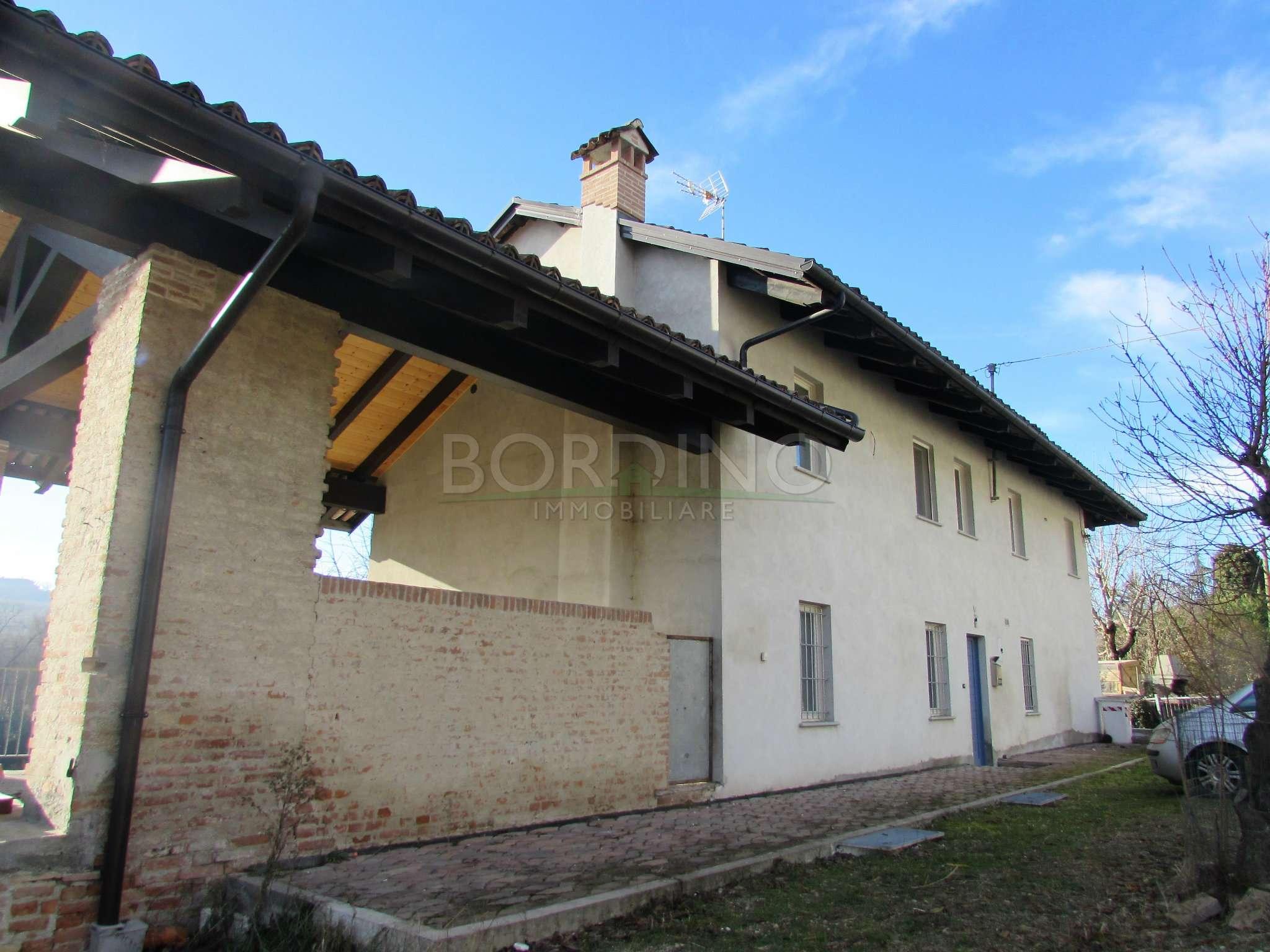 Soluzione Indipendente in vendita a Priocca, 7 locali, prezzo € 265.000 | CambioCasa.it