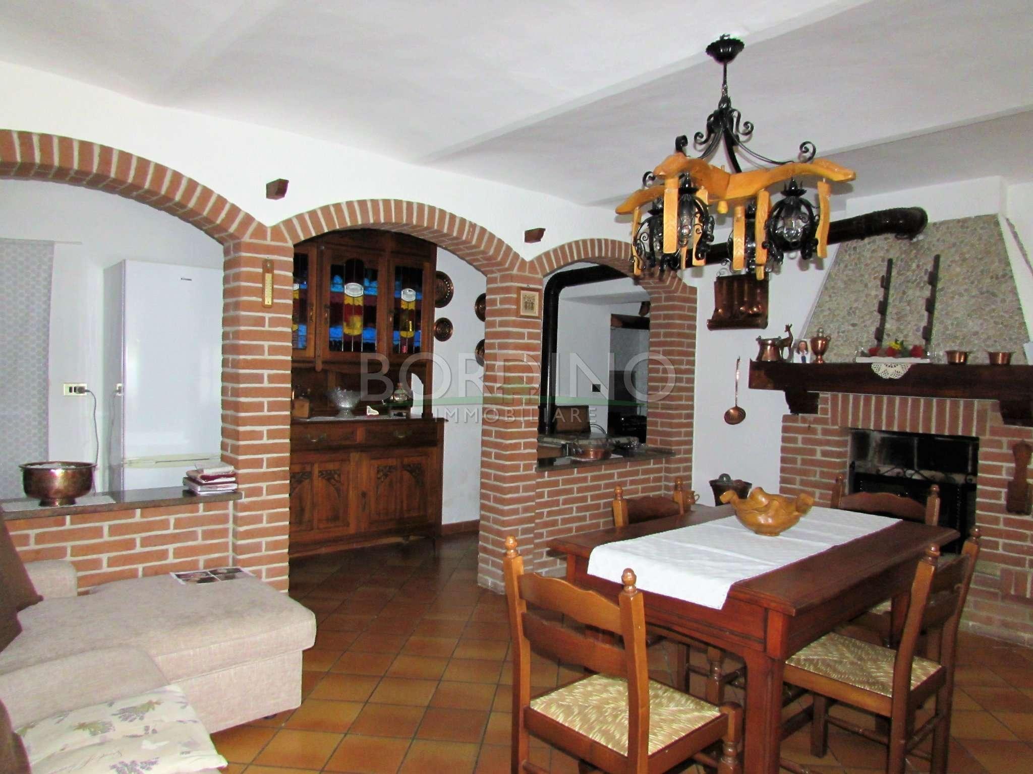 Soluzione Indipendente in vendita a Priocca, 9 locali, prezzo € 190.000 | PortaleAgenzieImmobiliari.it