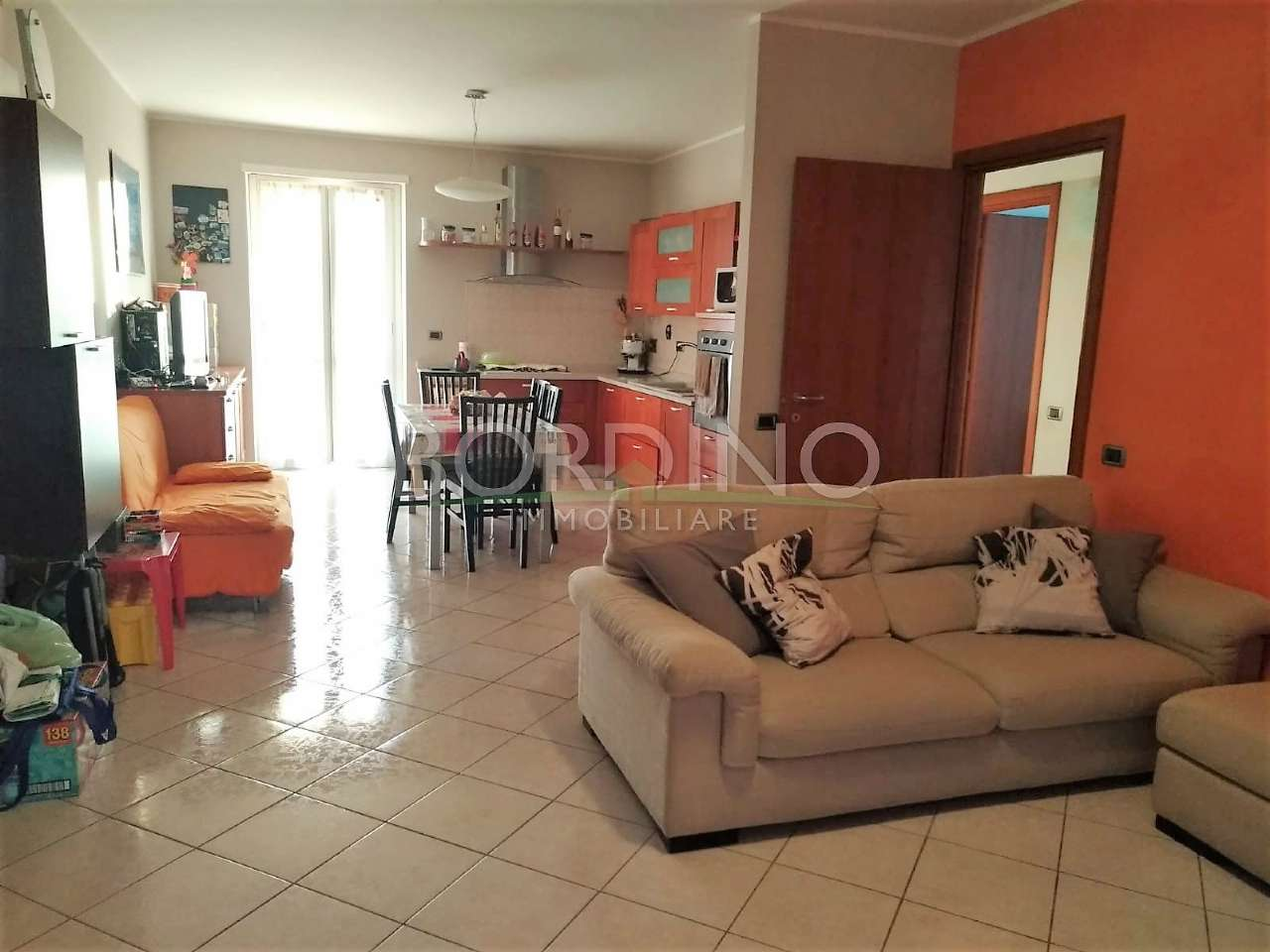 Appartamento in vendita a Govone, 4 locali, prezzo € 150.000   PortaleAgenzieImmobiliari.it