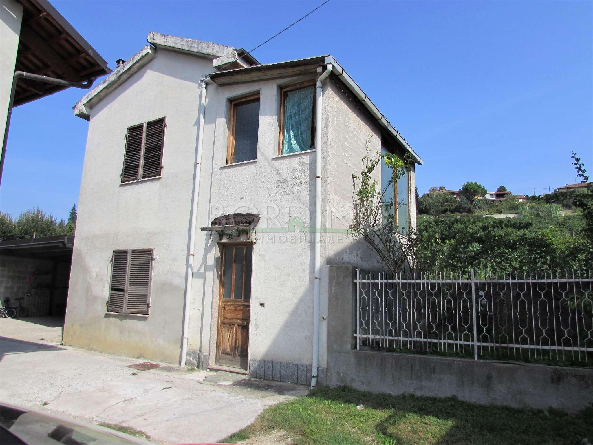 Soluzione Indipendente in vendita a Castagnito, 8 locali, prezzo € 50.000 | PortaleAgenzieImmobiliari.it