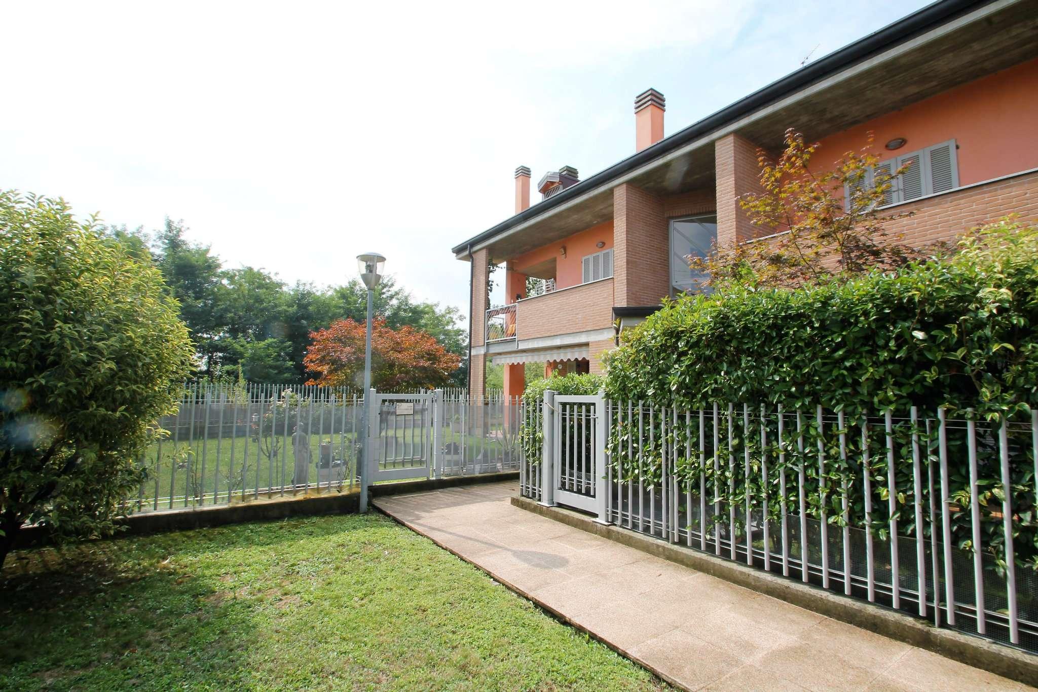 Appartamento in ottime condizioni in vendita Rif. 7833665