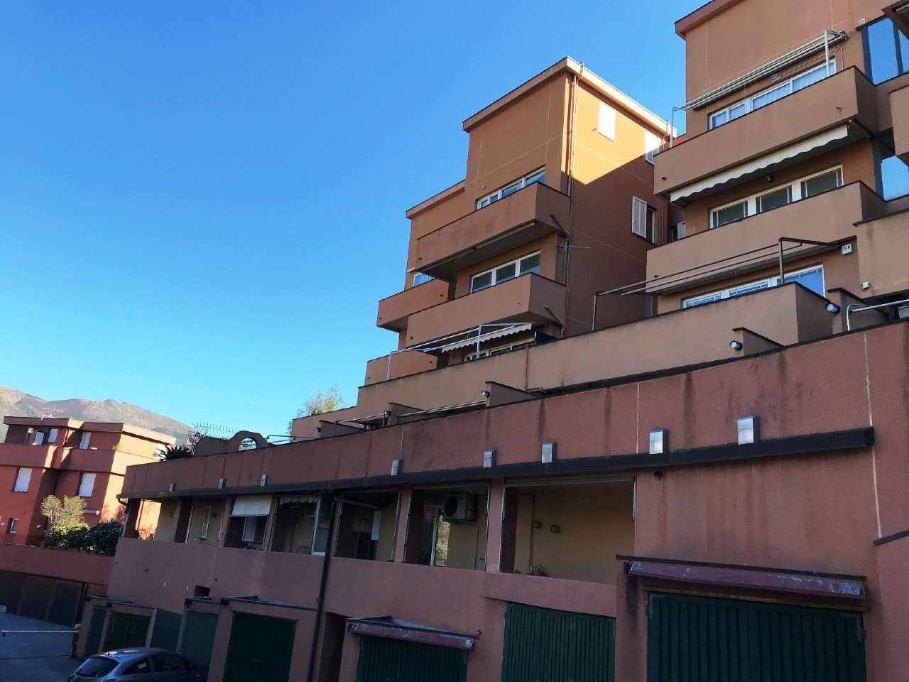 Appartamento in vendita a Arenzano, 3 locali, prezzo € 130.000 | PortaleAgenzieImmobiliari.it
