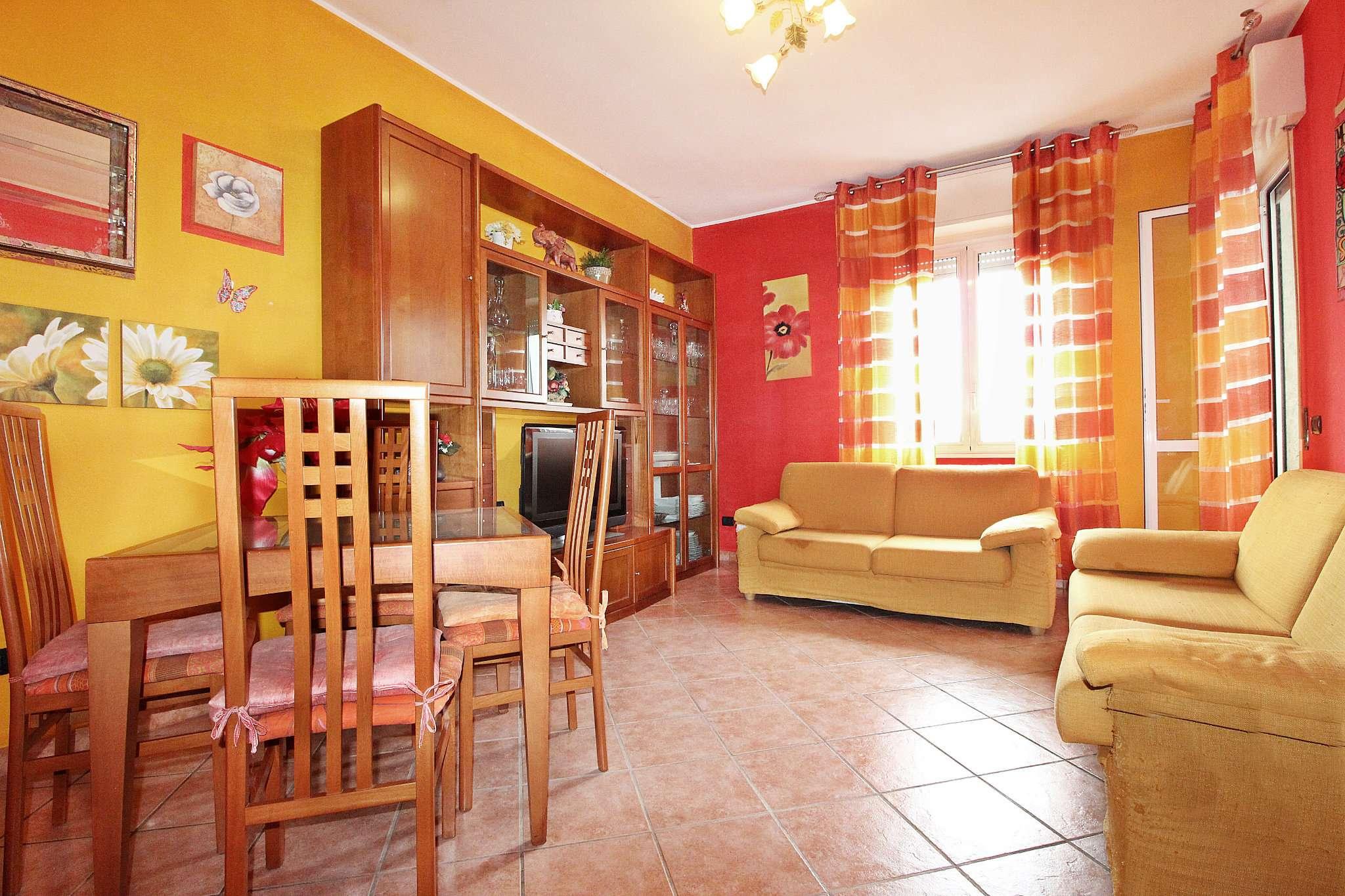 Appartamento in buone condizioni in vendita Rif. 6948995