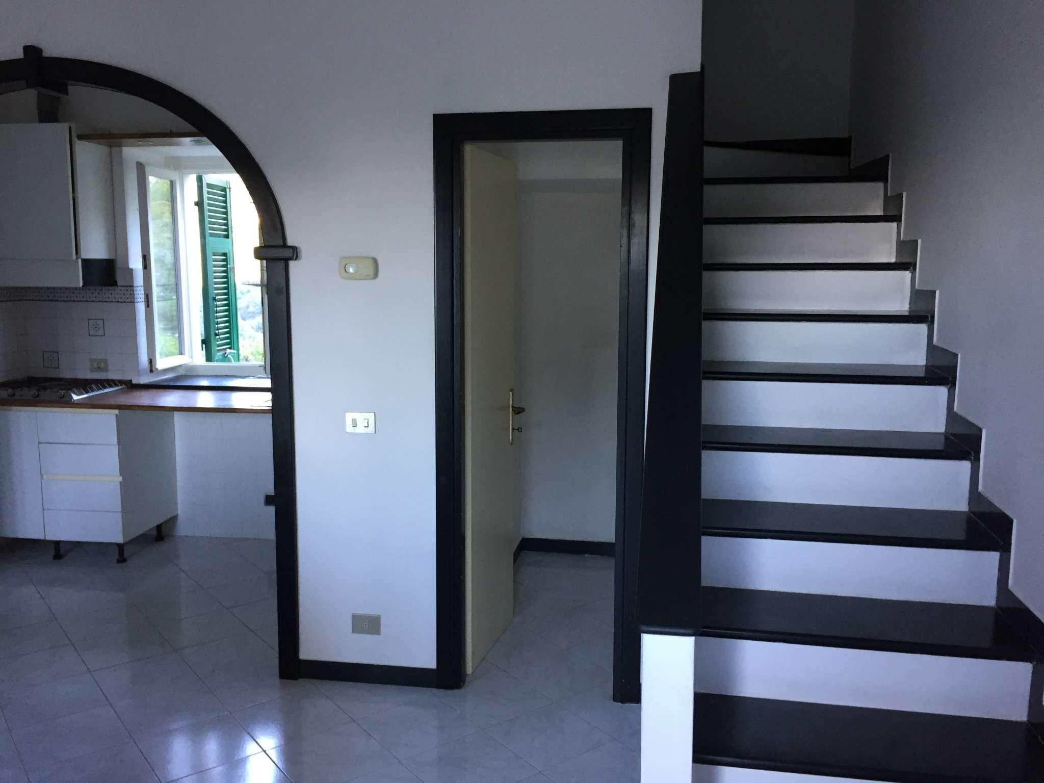 Appartamento in affitto a Sori, 5 locali, prezzo € 500 | CambioCasa.it