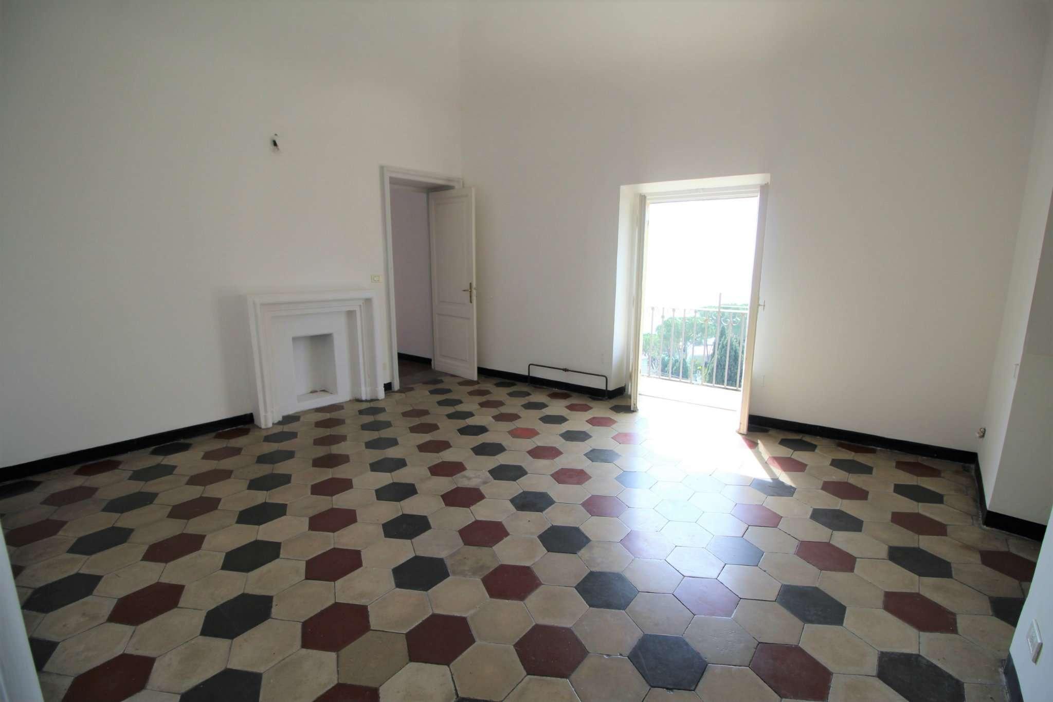 Appartamento in vendita a Bogliasco, 5 locali, prezzo € 475.000 | CambioCasa.it