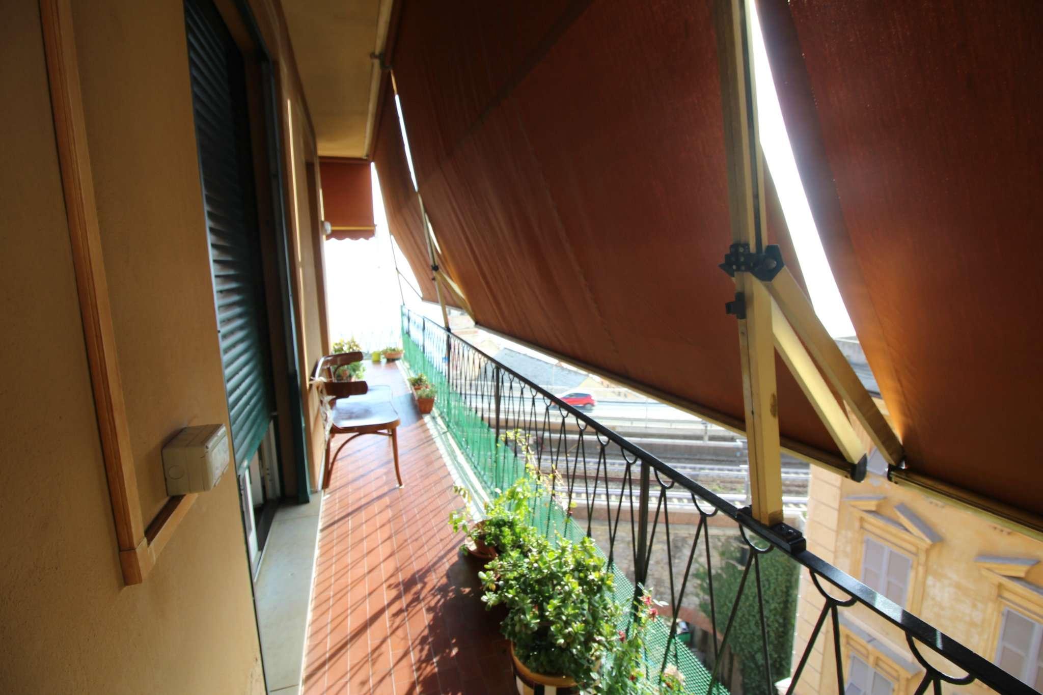 Appartamento in affitto a Sori, 4 locali, prezzo € 750 | CambioCasa.it