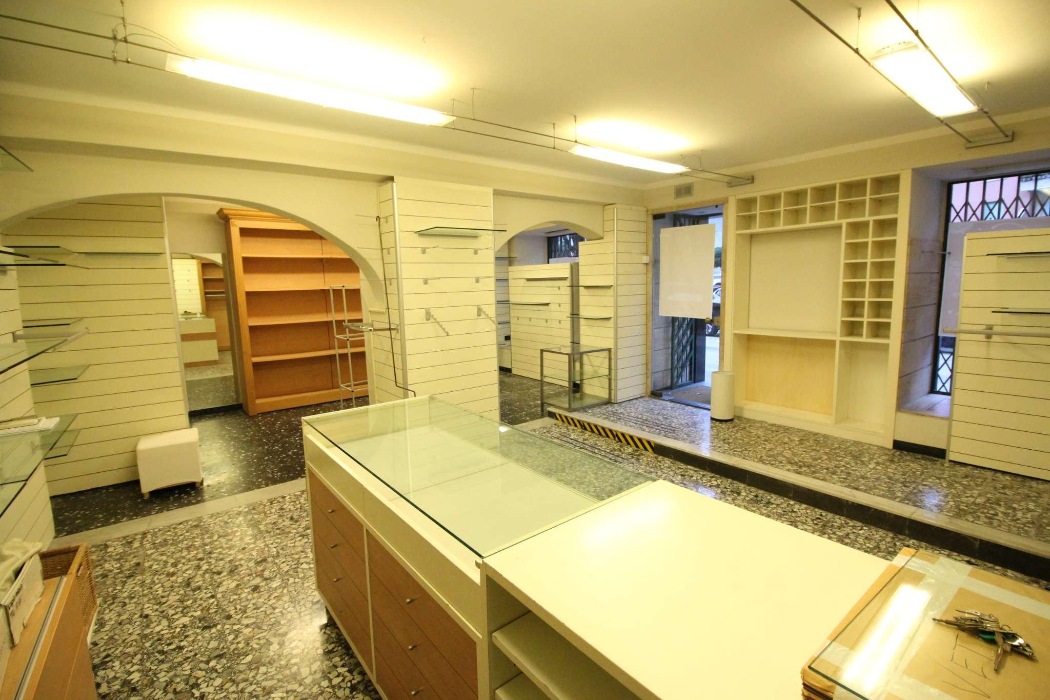 Negozio / Locale in affitto a Sori, 2 locali, prezzo € 1.100 | PortaleAgenzieImmobiliari.it