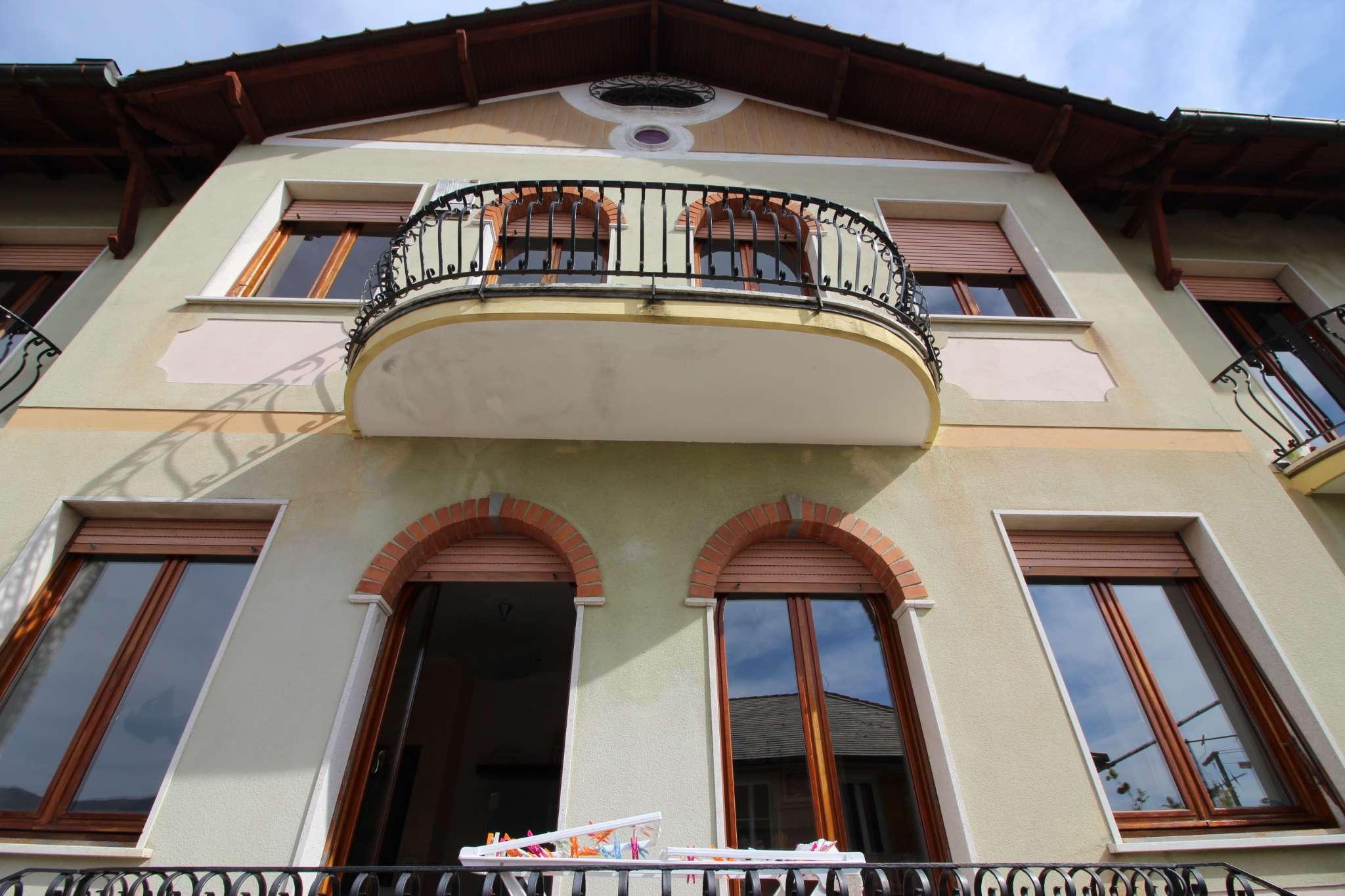 Appartamento in vendita a Uscio, 4 locali, prezzo € 210.000   CambioCasa.it