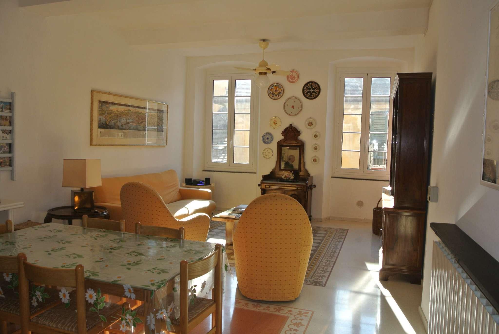 Appartamento in affitto a Chiavari, 3 locali, prezzo € 500   CambioCasa.it
