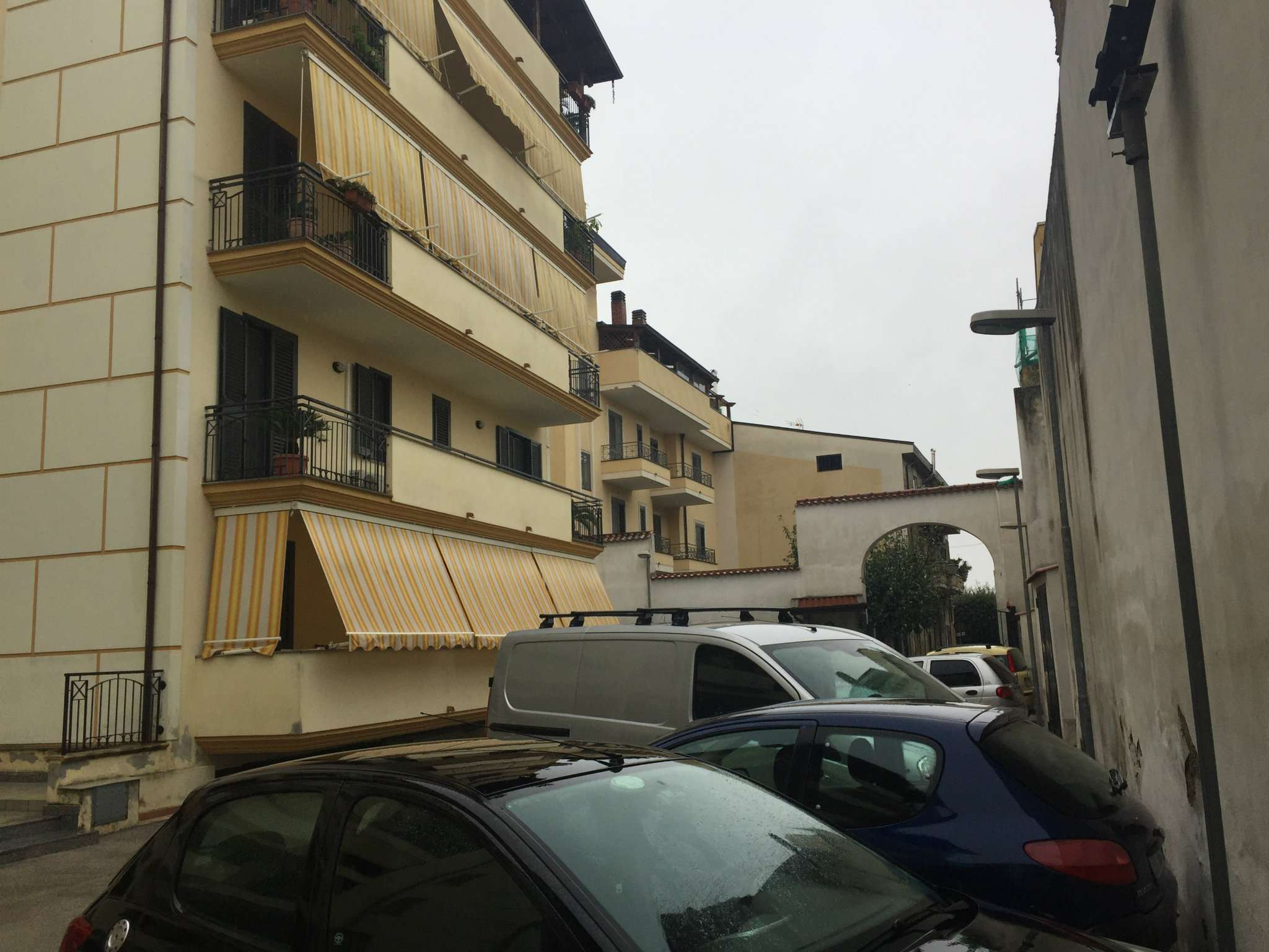 Appartamento in buone condizioni in vendita Rif. 8466433