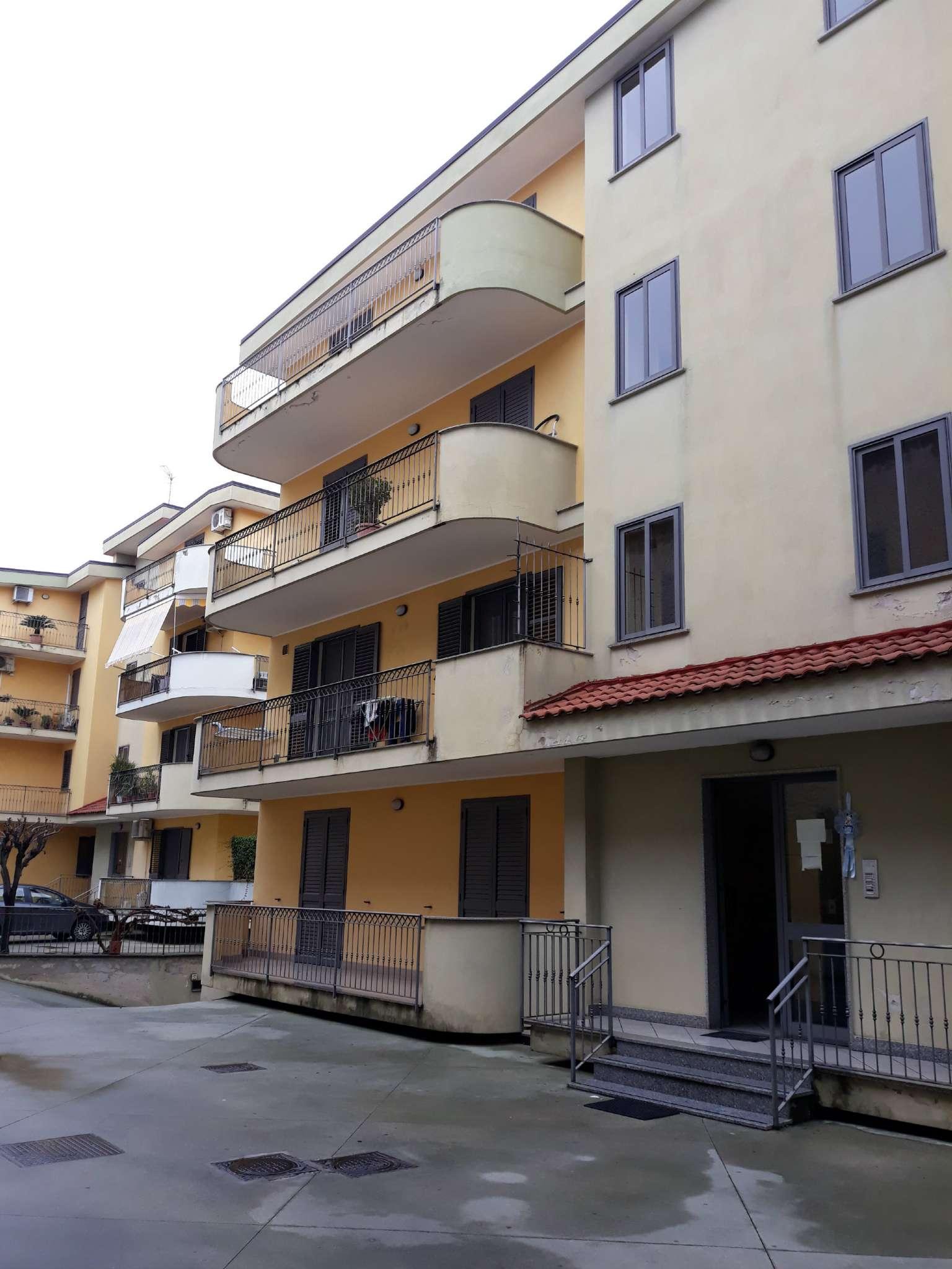 Attico / Mansarda in buone condizioni in affitto Rif. 8862005