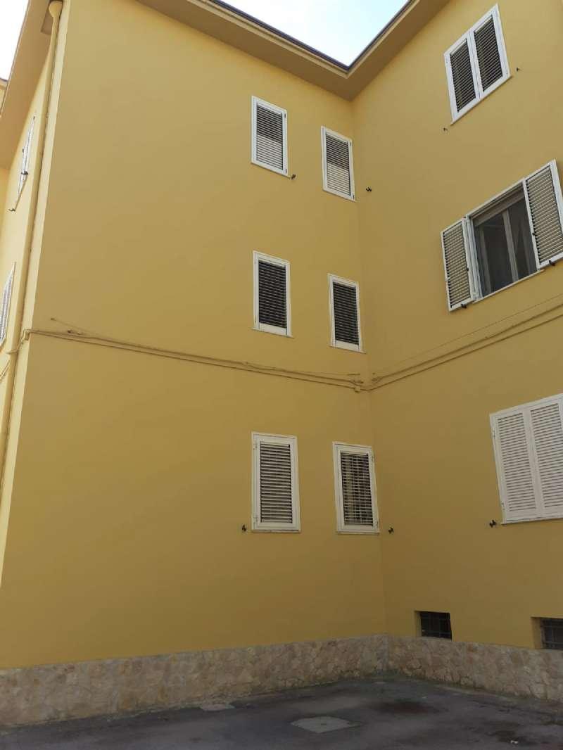 Appartamento in vendita a Marcianise, 2 locali, prezzo € 53.000   CambioCasa.it