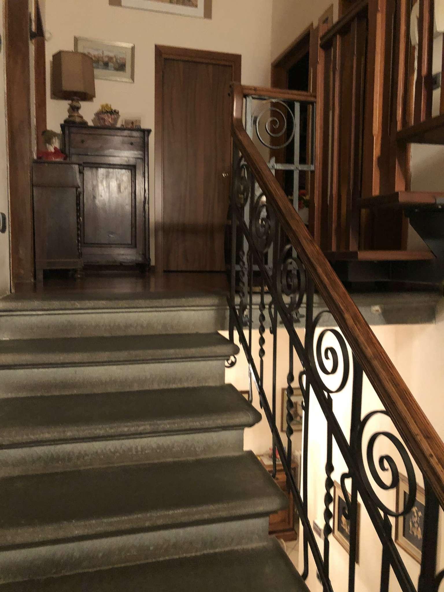 Casa Indipendente in buone condizioni parzialmente arredato in vendita Rif. 8776757